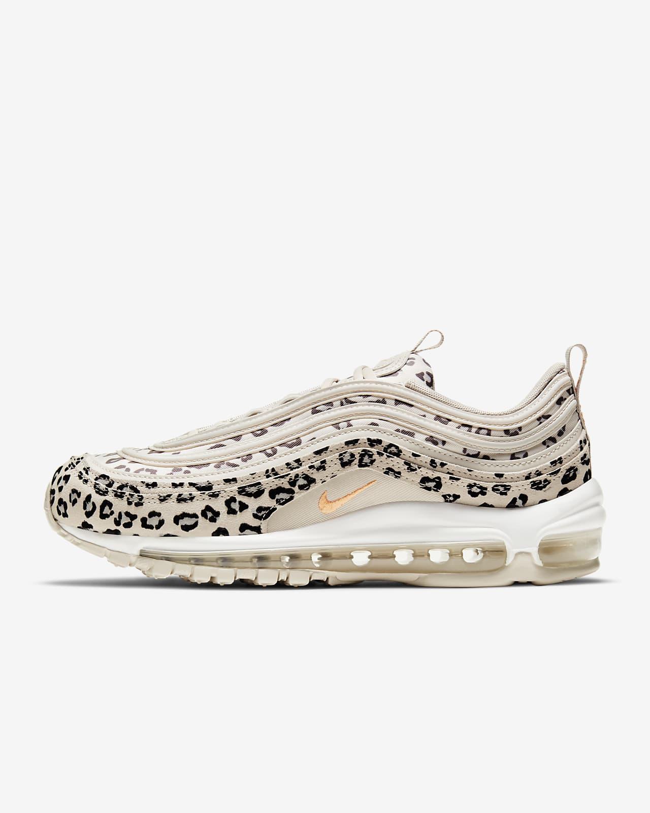 รองเท้าผู้หญิง Nike Air Max 97 SE