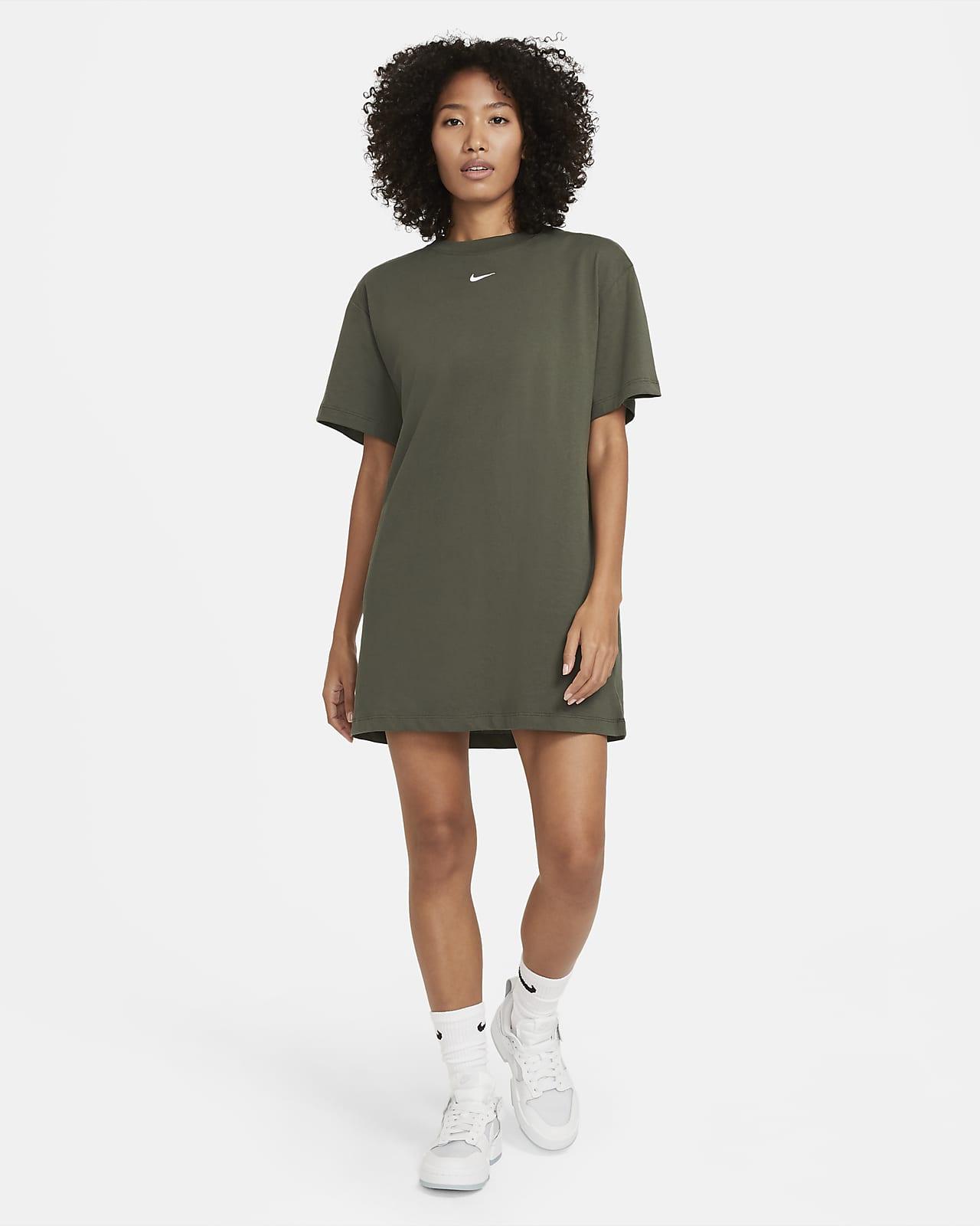Nike Sportswear Essential Women's Dress. Nike LU