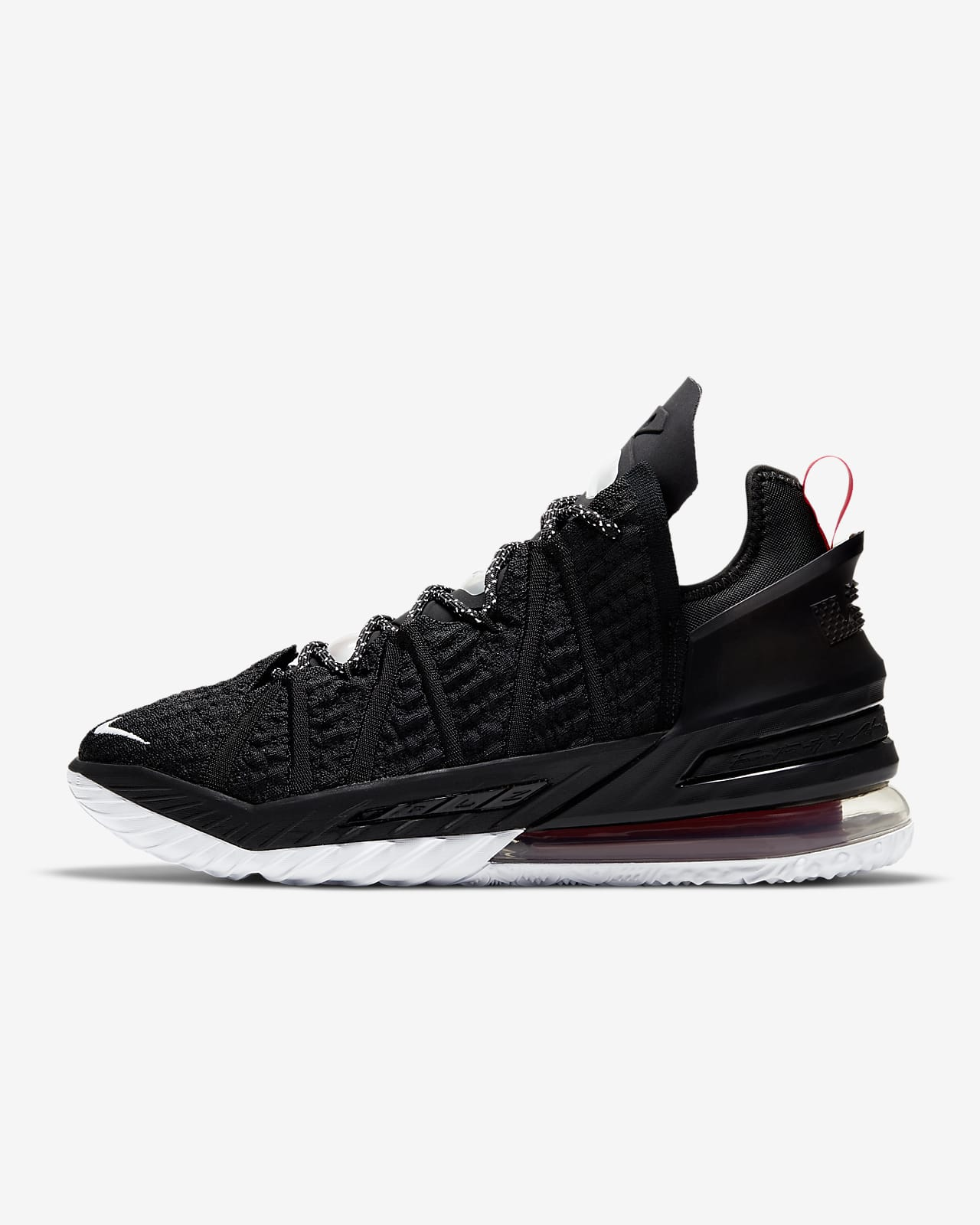 LeBron 18 籃球鞋