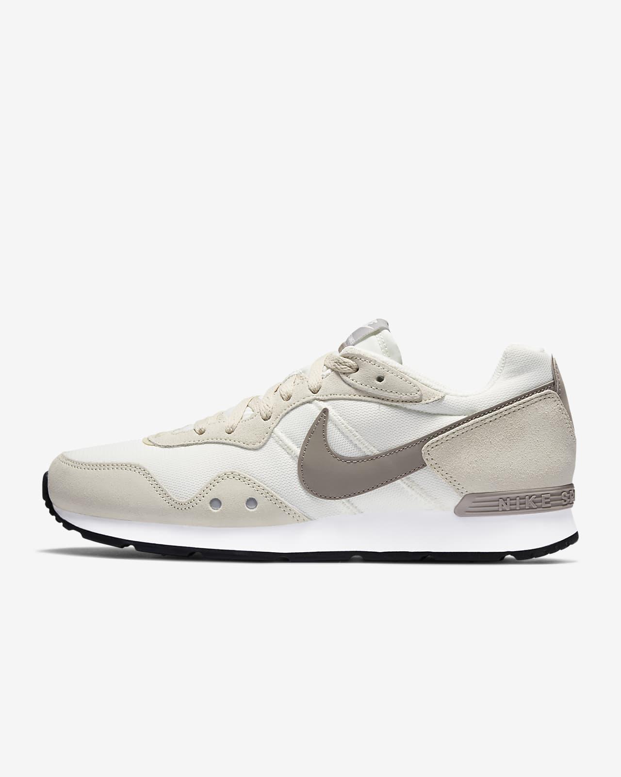 Nike Venture Runner Men's Shoe. Nike.com