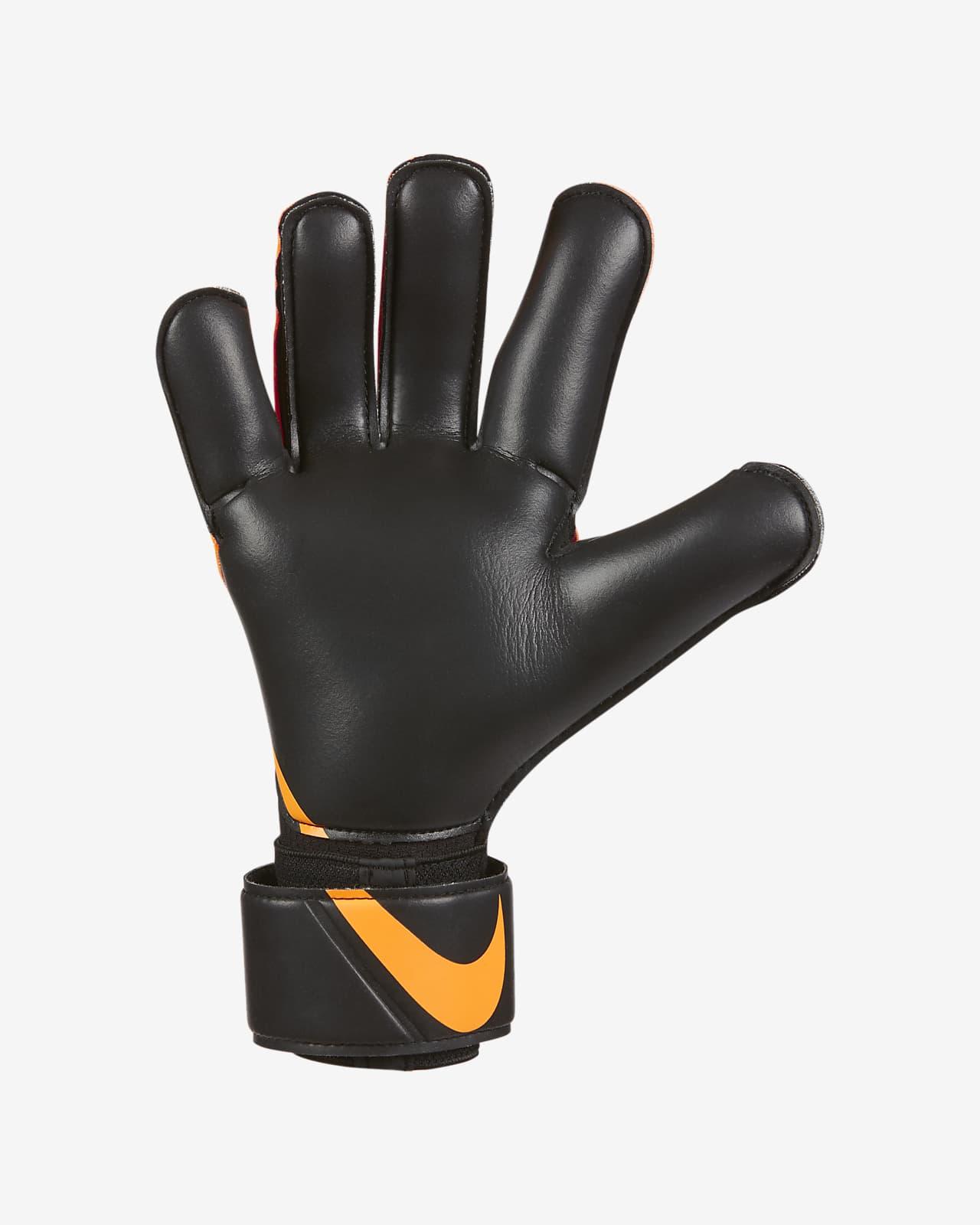Nike Goalkeeper Grip3 Football Gloves