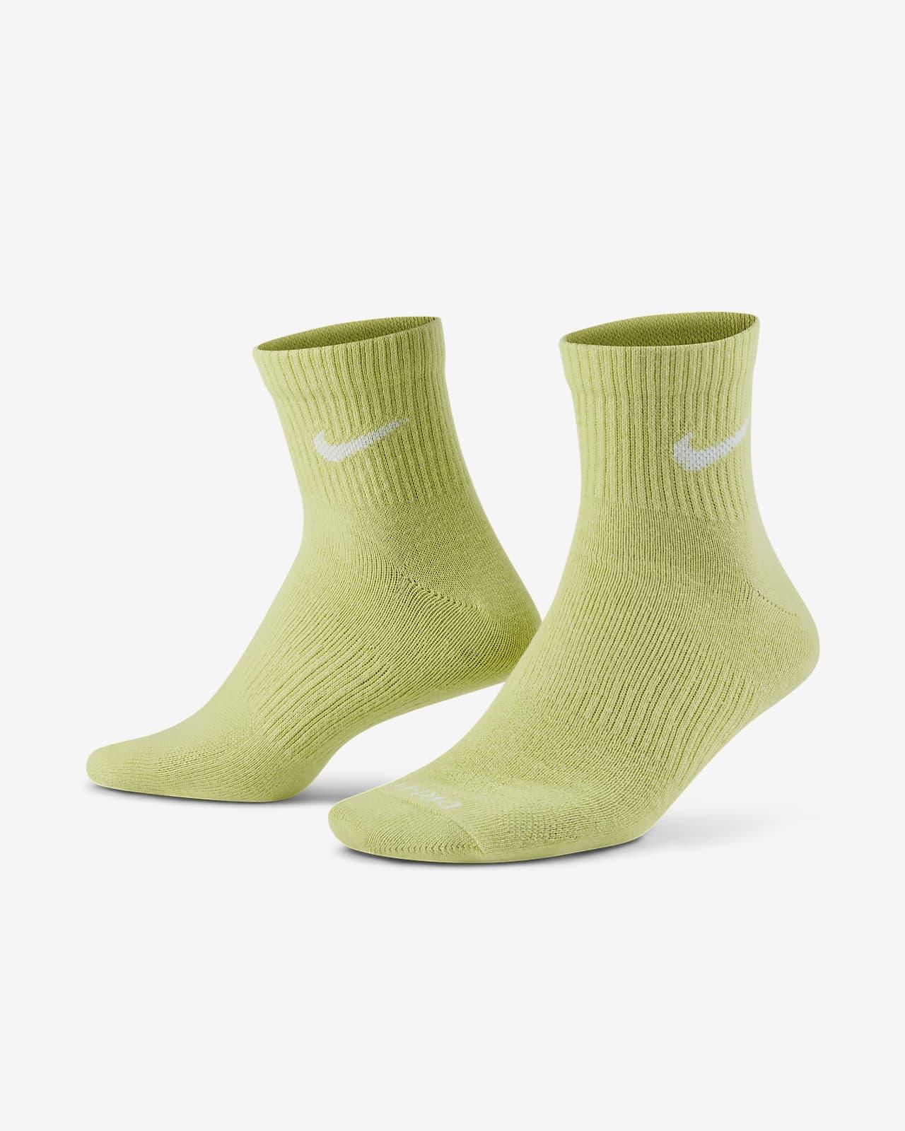 Calcetines de entrenamiento al tobillo Nike Everyday Plus Lightweight (3 pares)