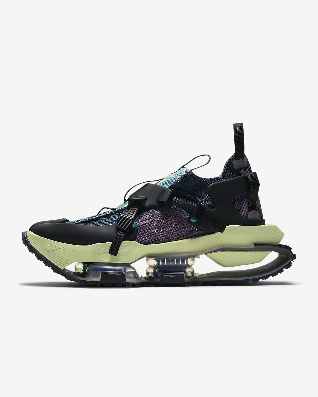 Nike ISPA Zoom Road Warrior Shoe