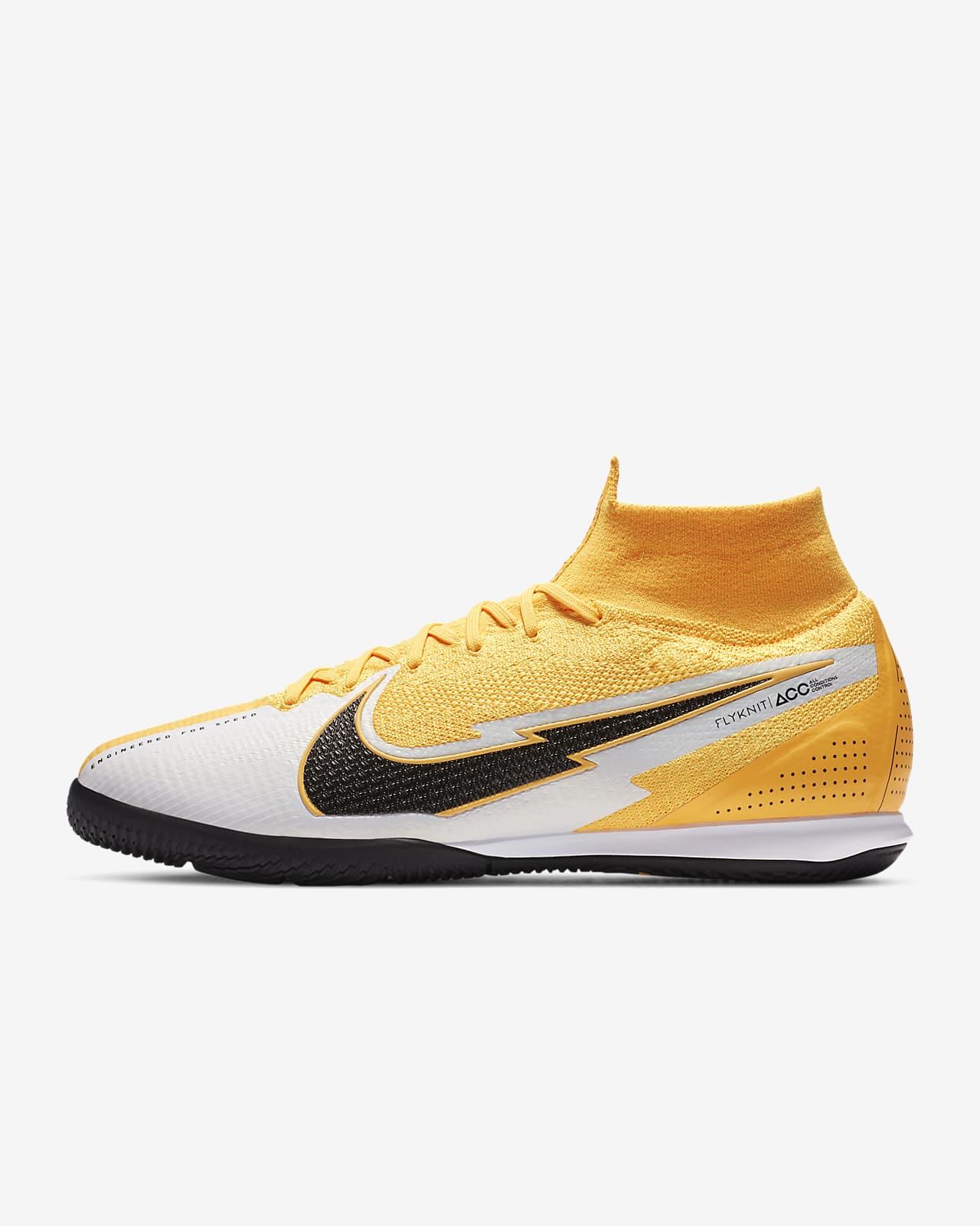 Mansedumbre diferencia Ir al circuito  Nike Mercurial Superfly 7 Elite IC Indoor/Court Soccer Shoe. Nike.com