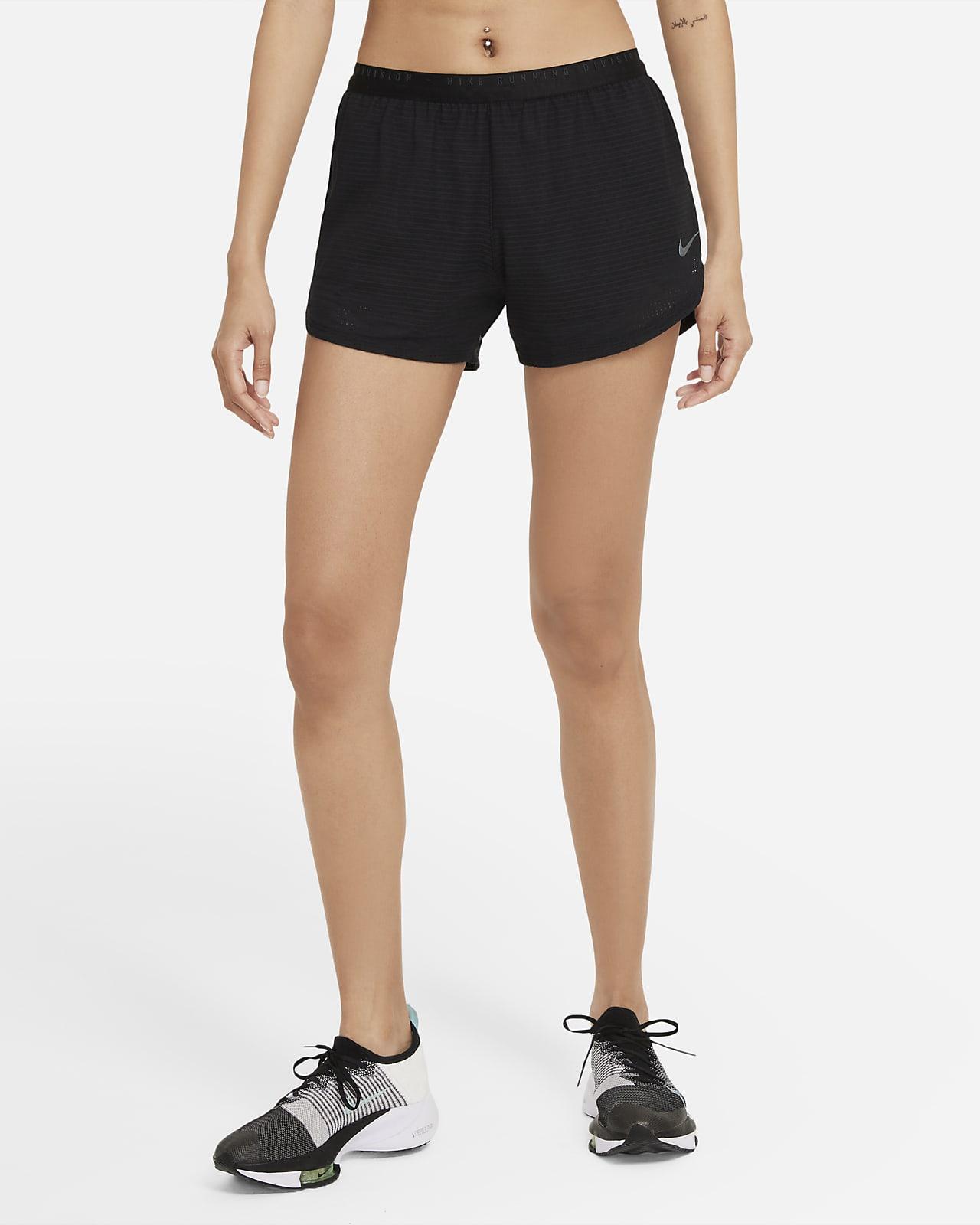 Short de running technique Nike Run Division pour Femme