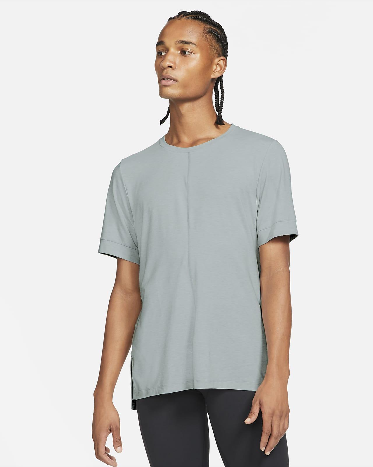 Pánské tričko Nike Yoga Dri-FIT skrátkým rukávem