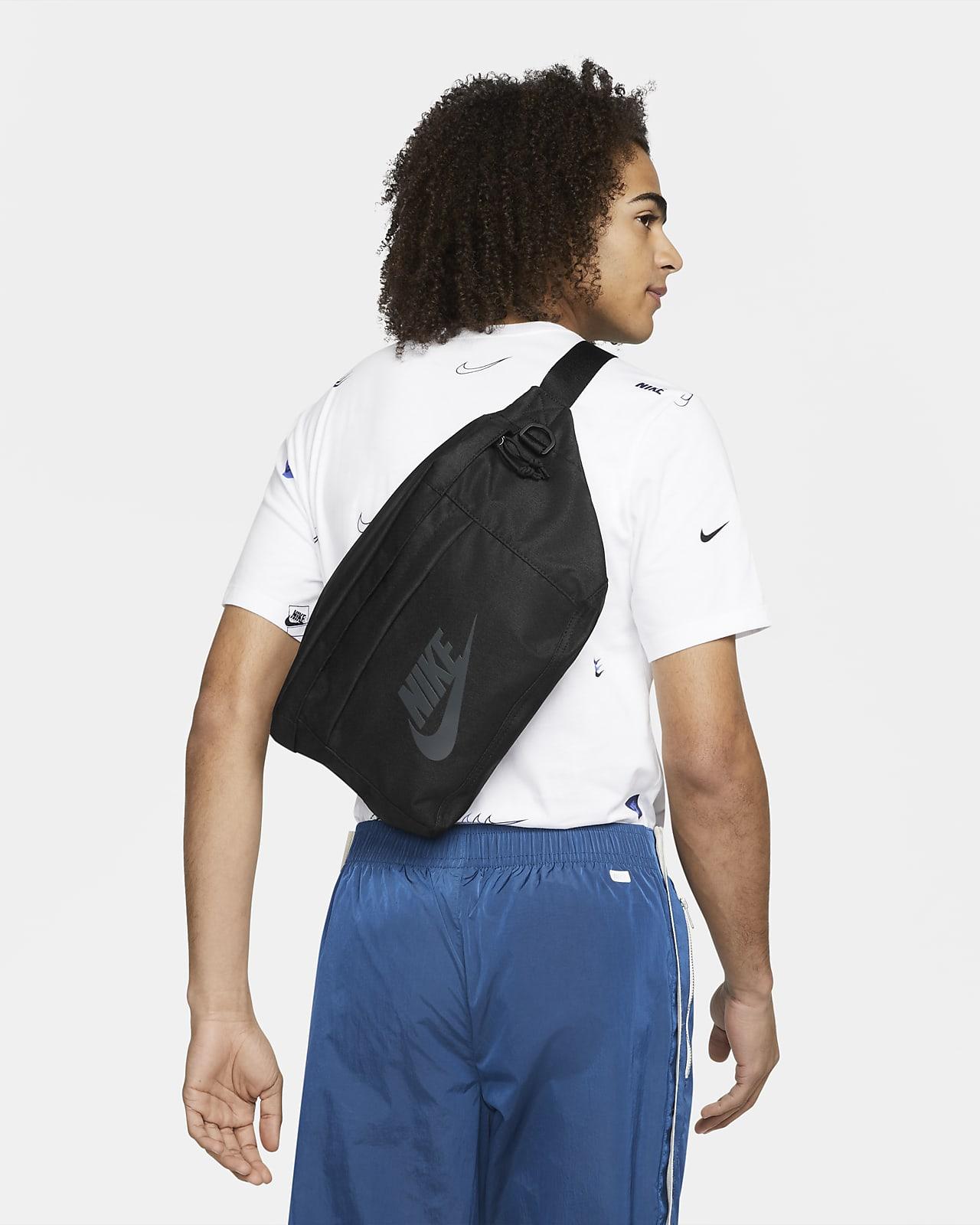 Nike Tech - bæltetaske