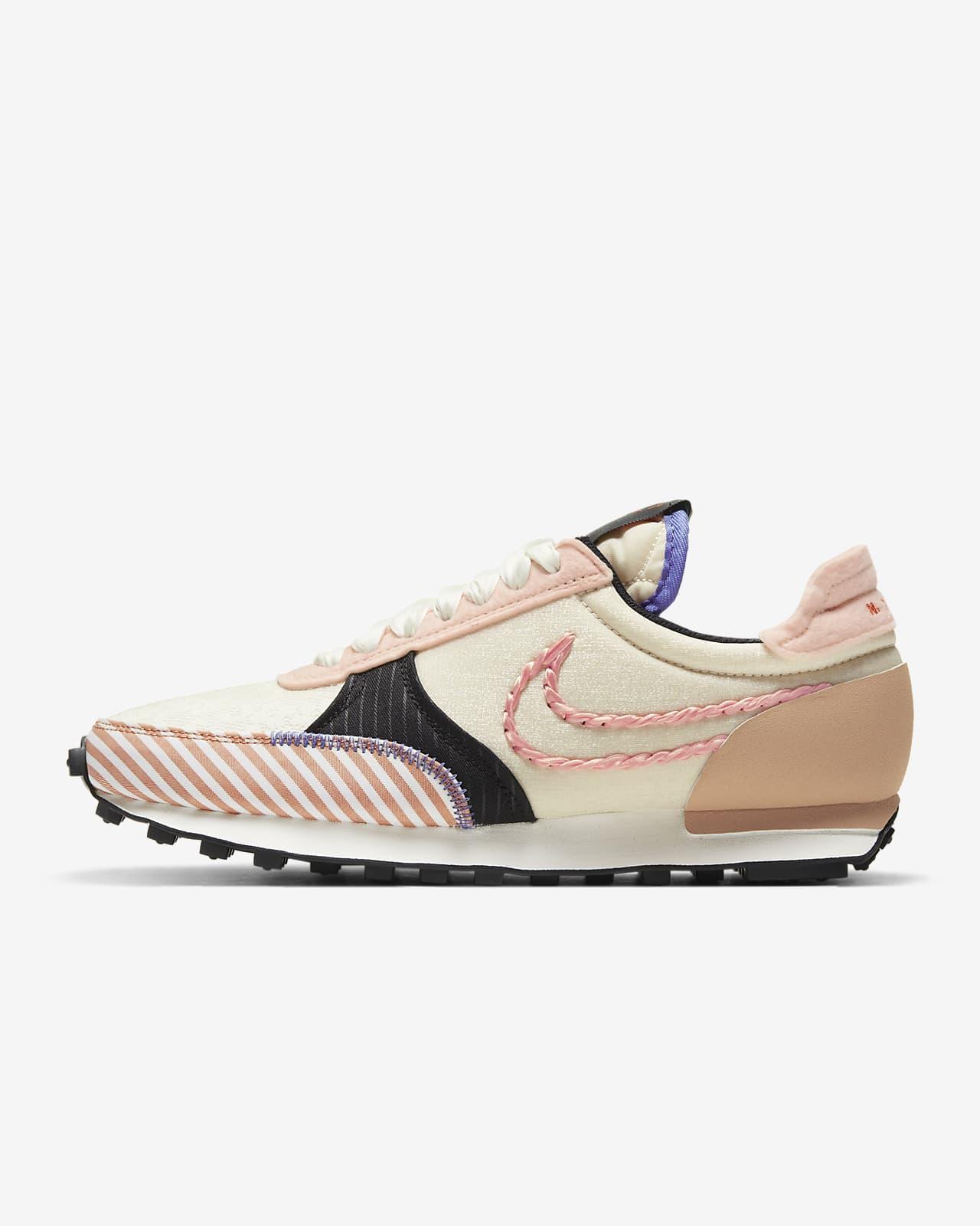 Nike DBreak-Type 女子运动鞋