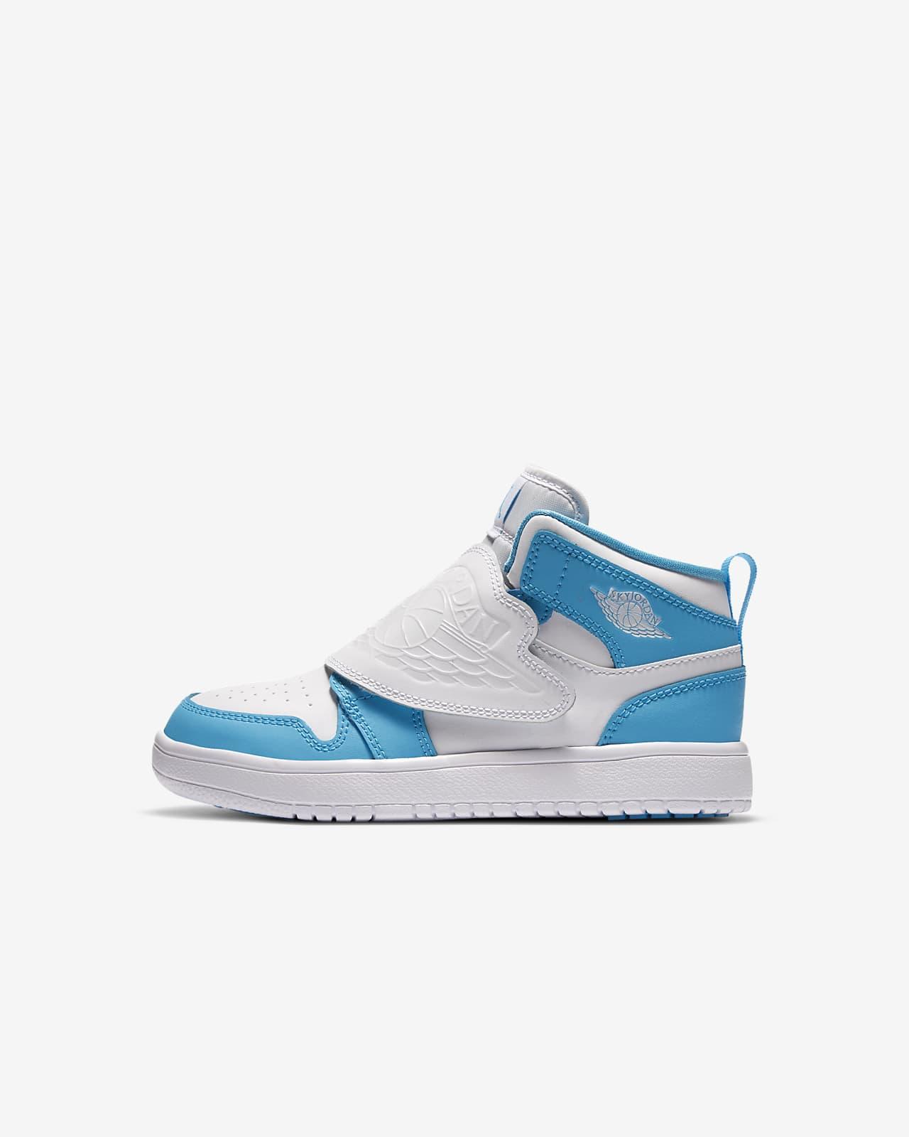 Sky Jordan 1 Little Kids' Shoe. Nike JP
