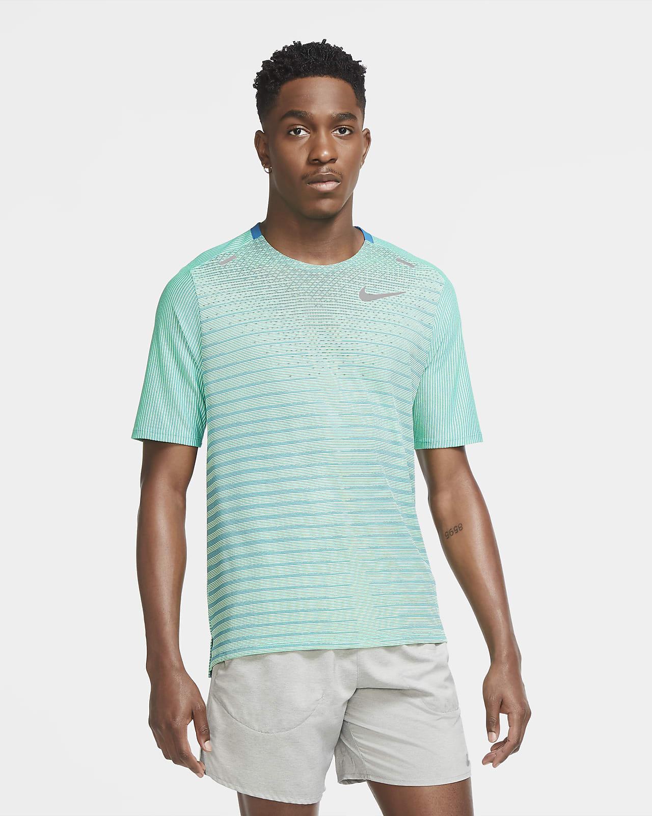 เสื้อวิ่งผู้ชาย Nike TechKnit Future Fast