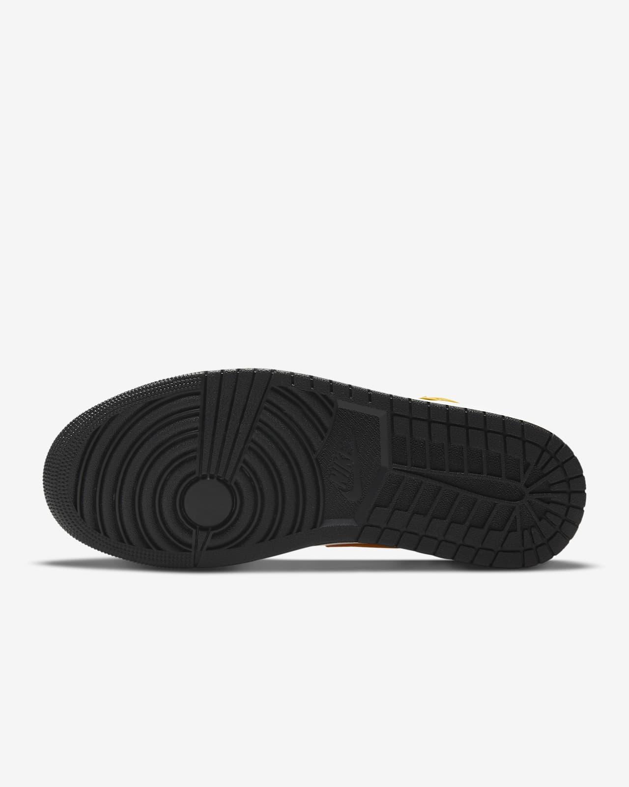 Air Jordan 1 Mid Shoes. Nike.com