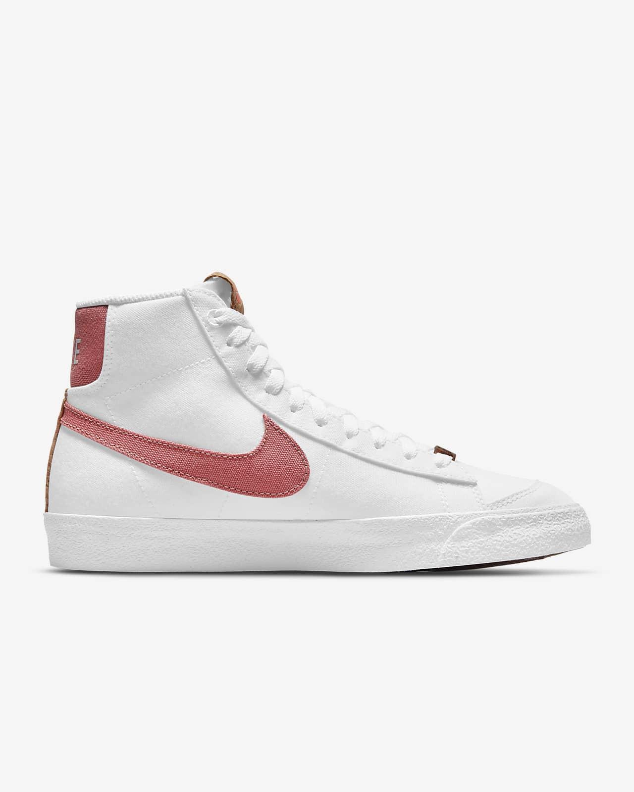 รองเท้าผู้หญิง Nike Blazer Mid '77 SE