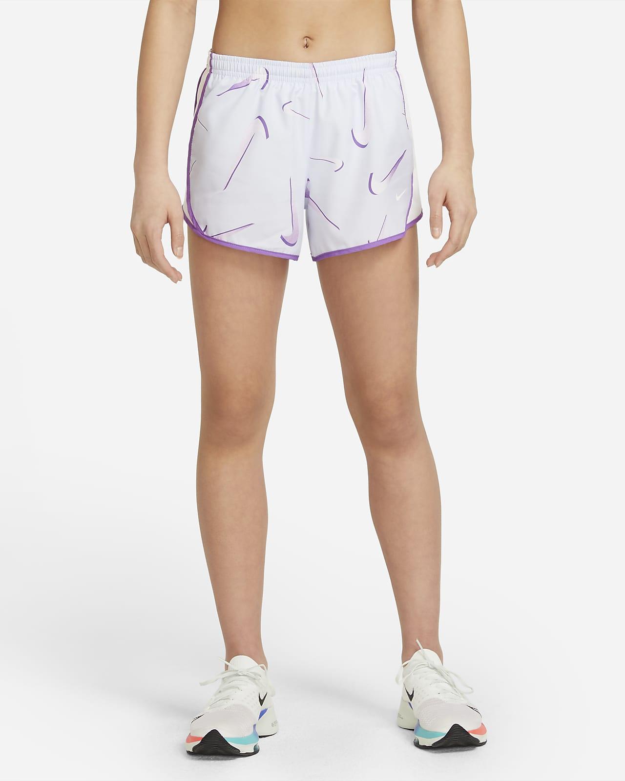 กางเกงเทรนนิ่ง Swoosh ขาสั้นเด็กโต Nike Dri-FIT Tempo (หญิง)