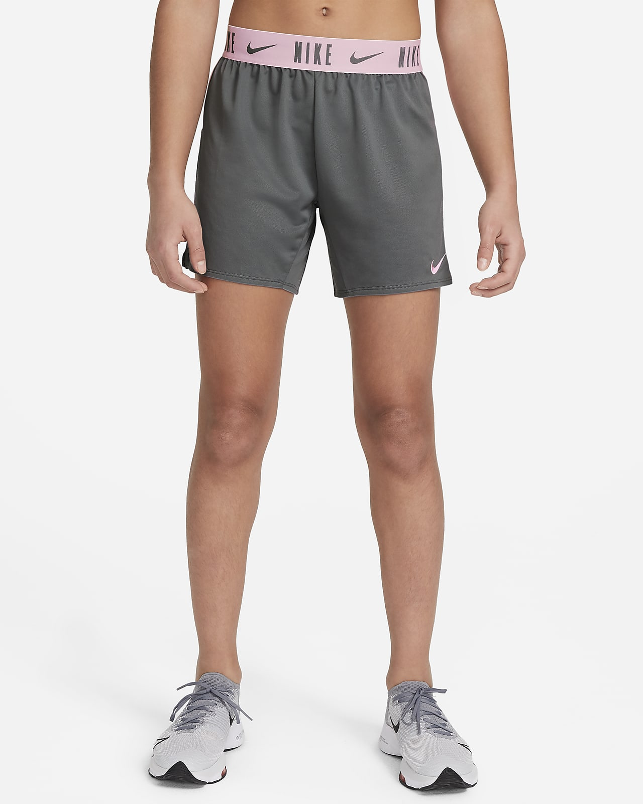 Nike Dri-FIT Trophy Trainingsshorts voor meisjes (15 cm)