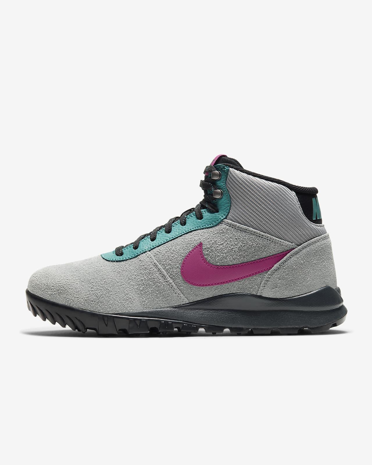 diferencia Estresante Aguanieve  Nike Hoodland Men's Boot. Nike.com