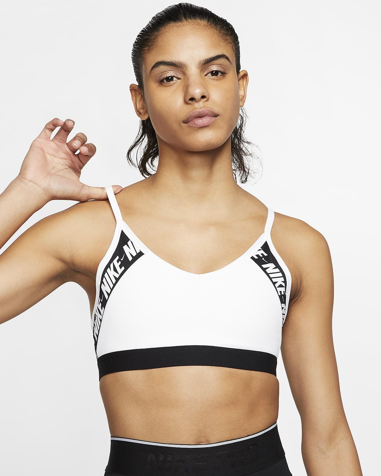 Nike Dri-FIT Indy Logo-sports-bh med indlæg og let støtte til kvinder