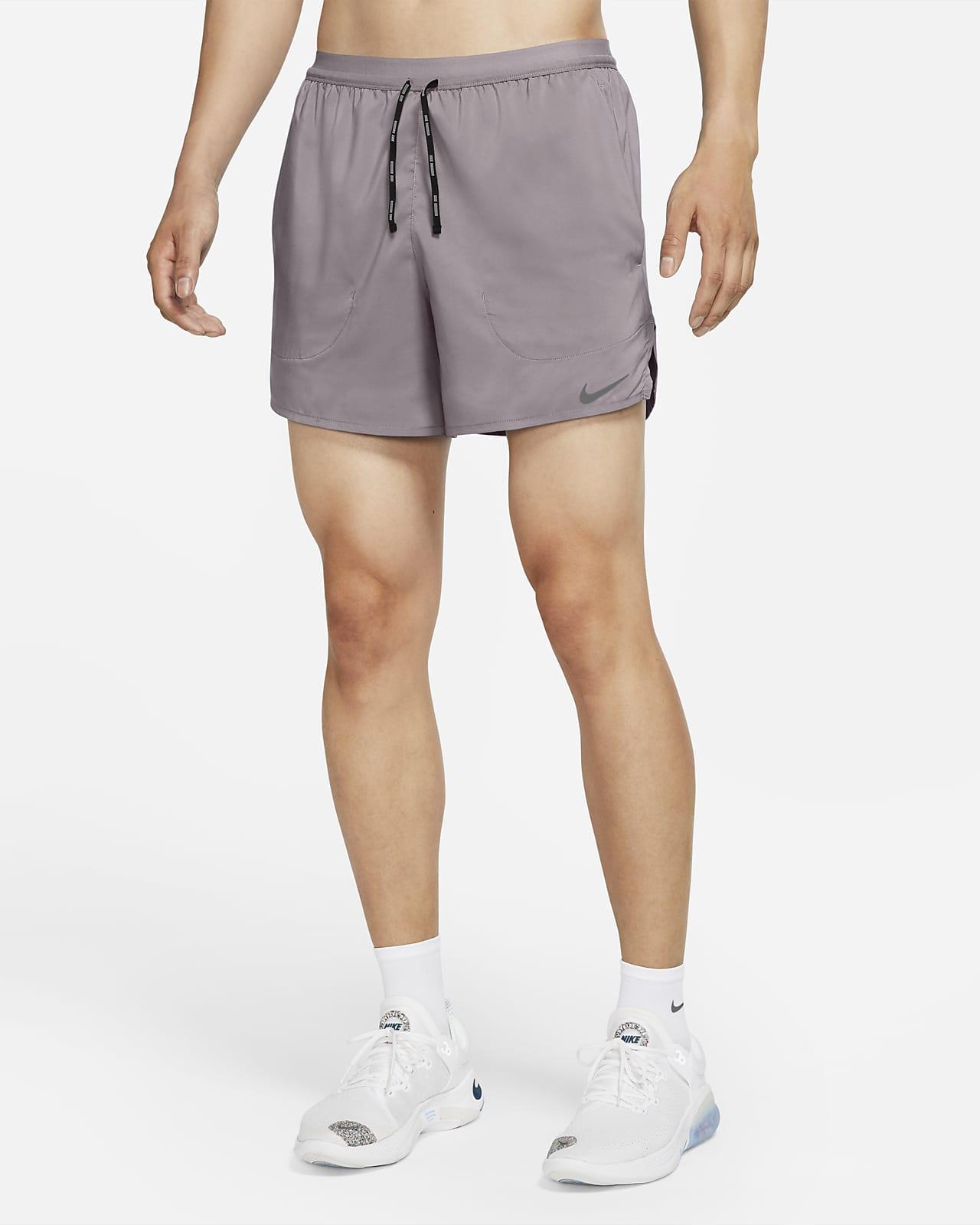 Nike Flex Stride 男子无衬里跑步短裤