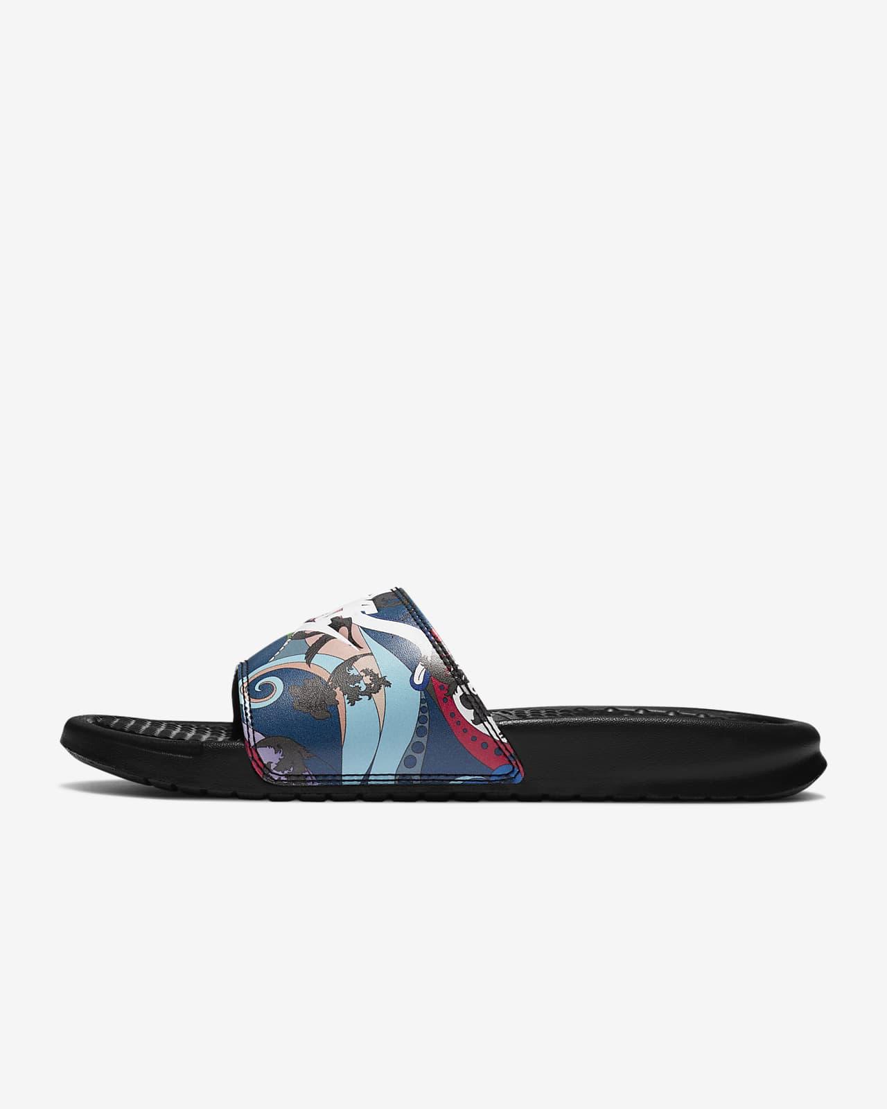 huella Producto Funeral  Nike Benassi JDI Women's Sandal. Nike ID