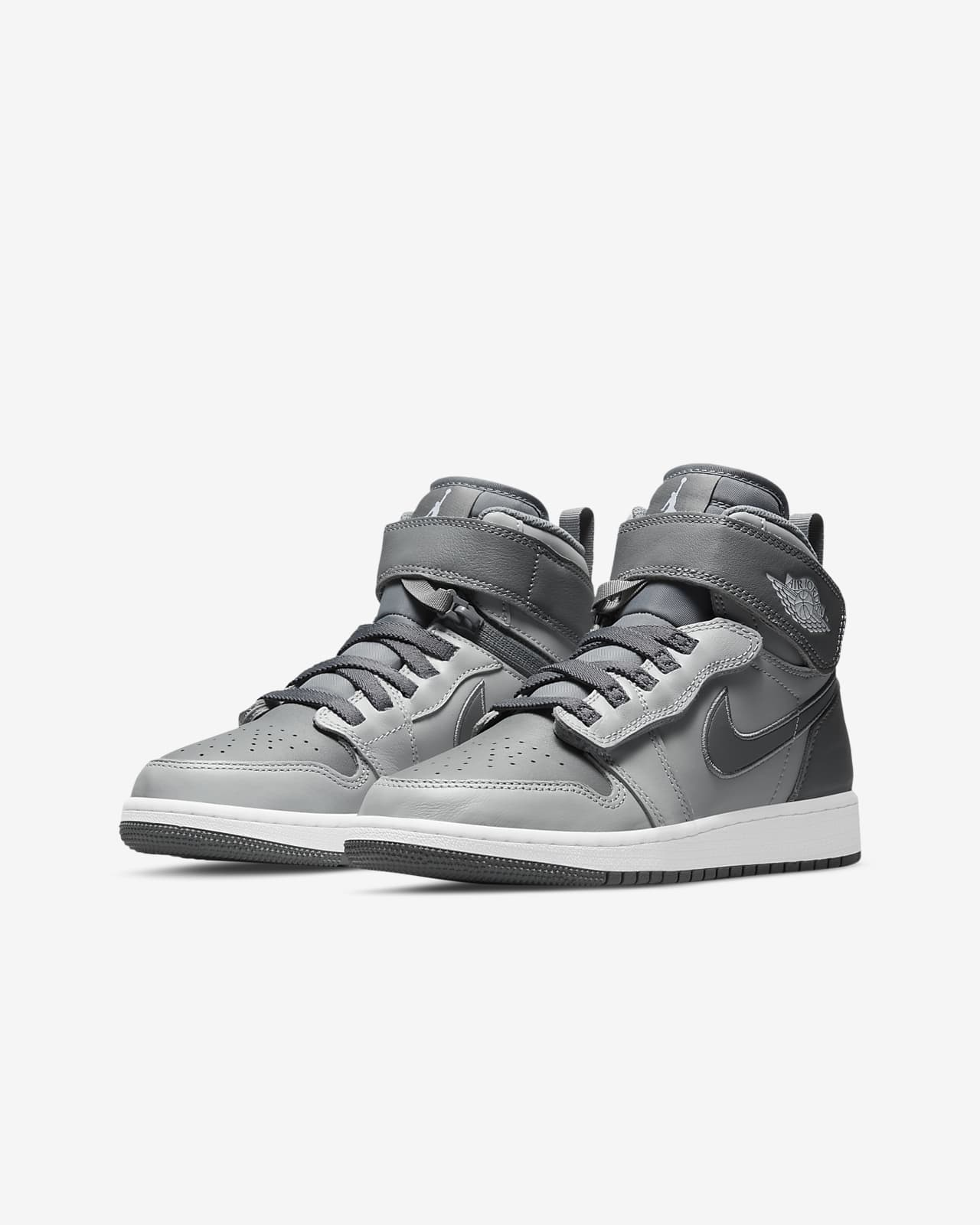 Air Jordan 1 Hi FlyEase Older Kids' Shoes. Nike LU
