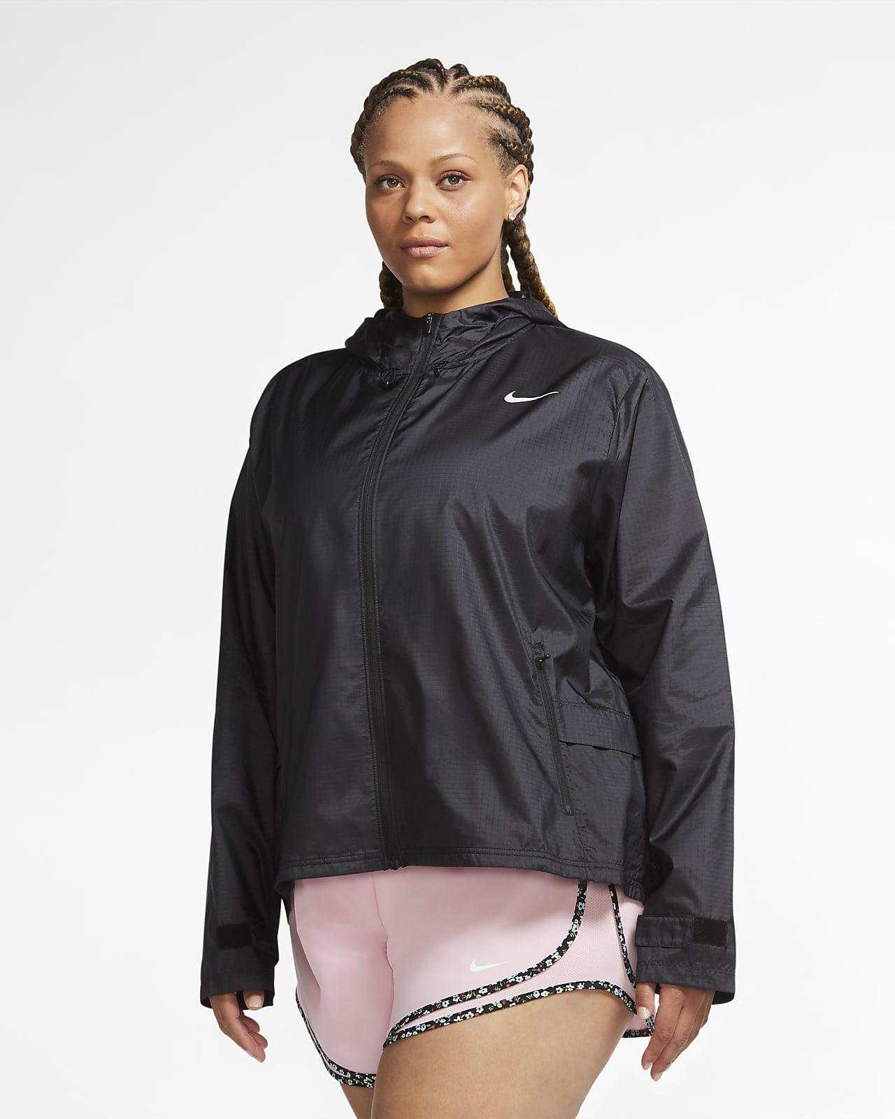 Nike Essential Kadın Koşu Ceketi (Büyük Beden)