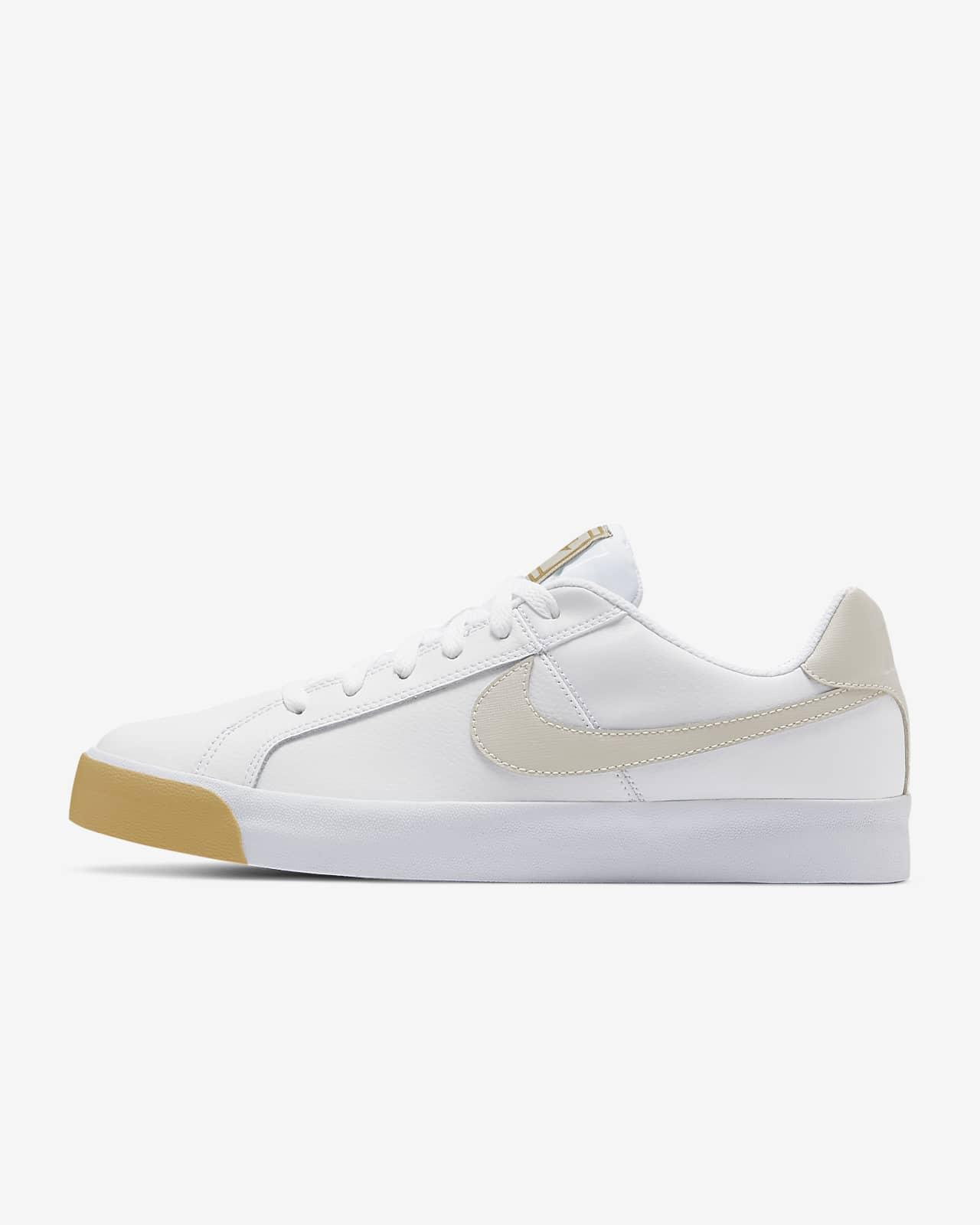 esquina comportarse Berenjena  NikeCourt Royale AC Men's Shoe. Nike.com