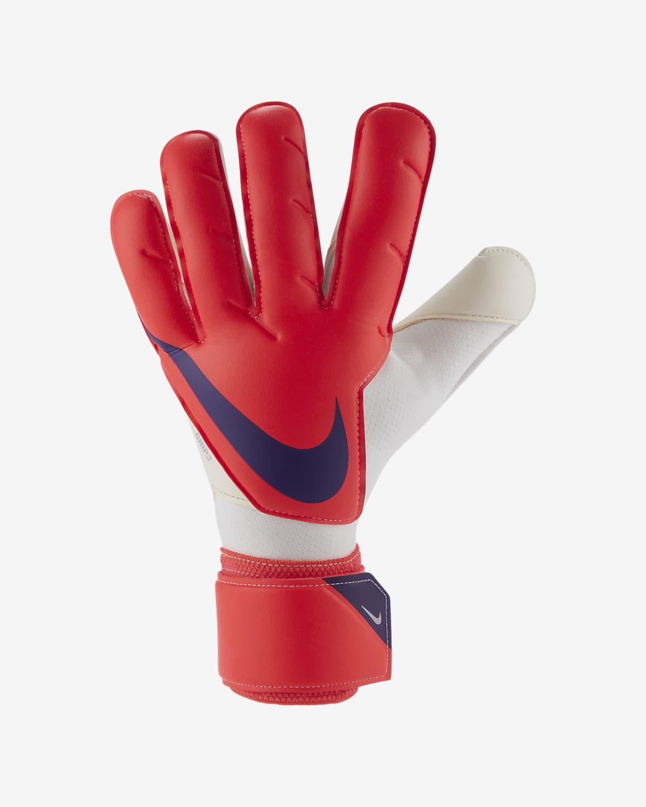 Футбольные перчатки Nike Goalkeeper Grip3