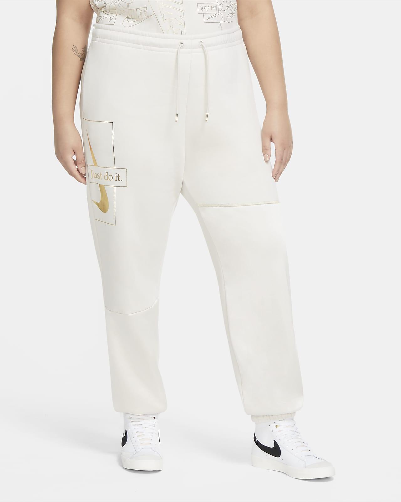 Nike Sportswear Icon Clash Women's Fleece Pants (Plus Size)