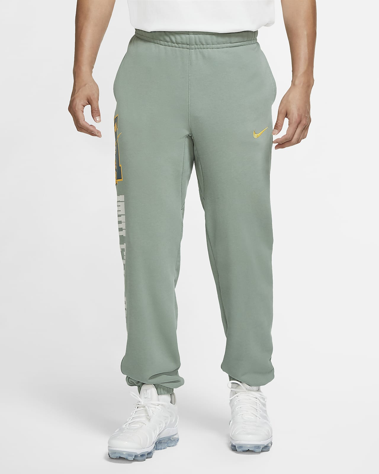 different sizes TRAKTOR Pants with cuffs green