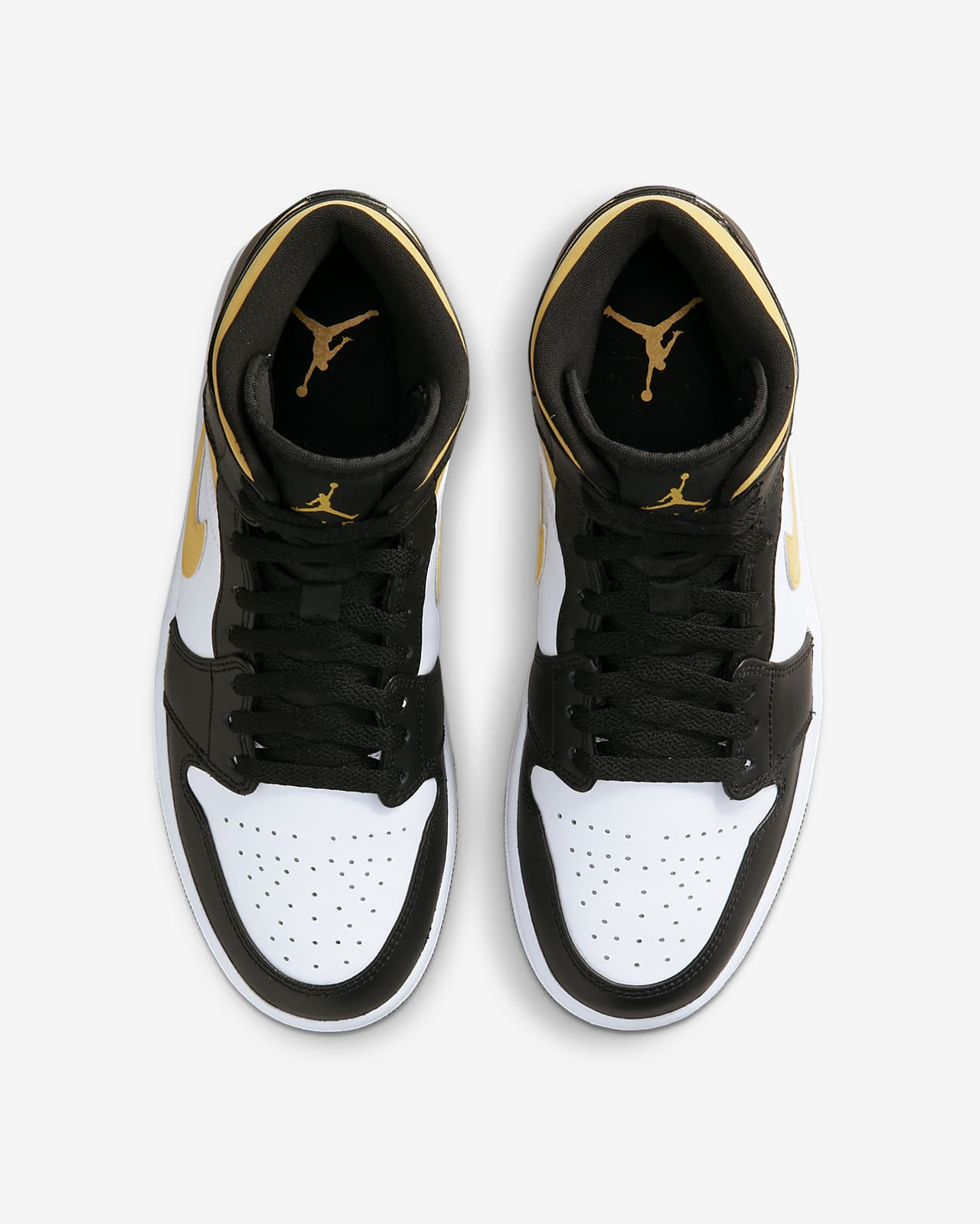 Air Jordan 1 Mid Shoes. Nike SG