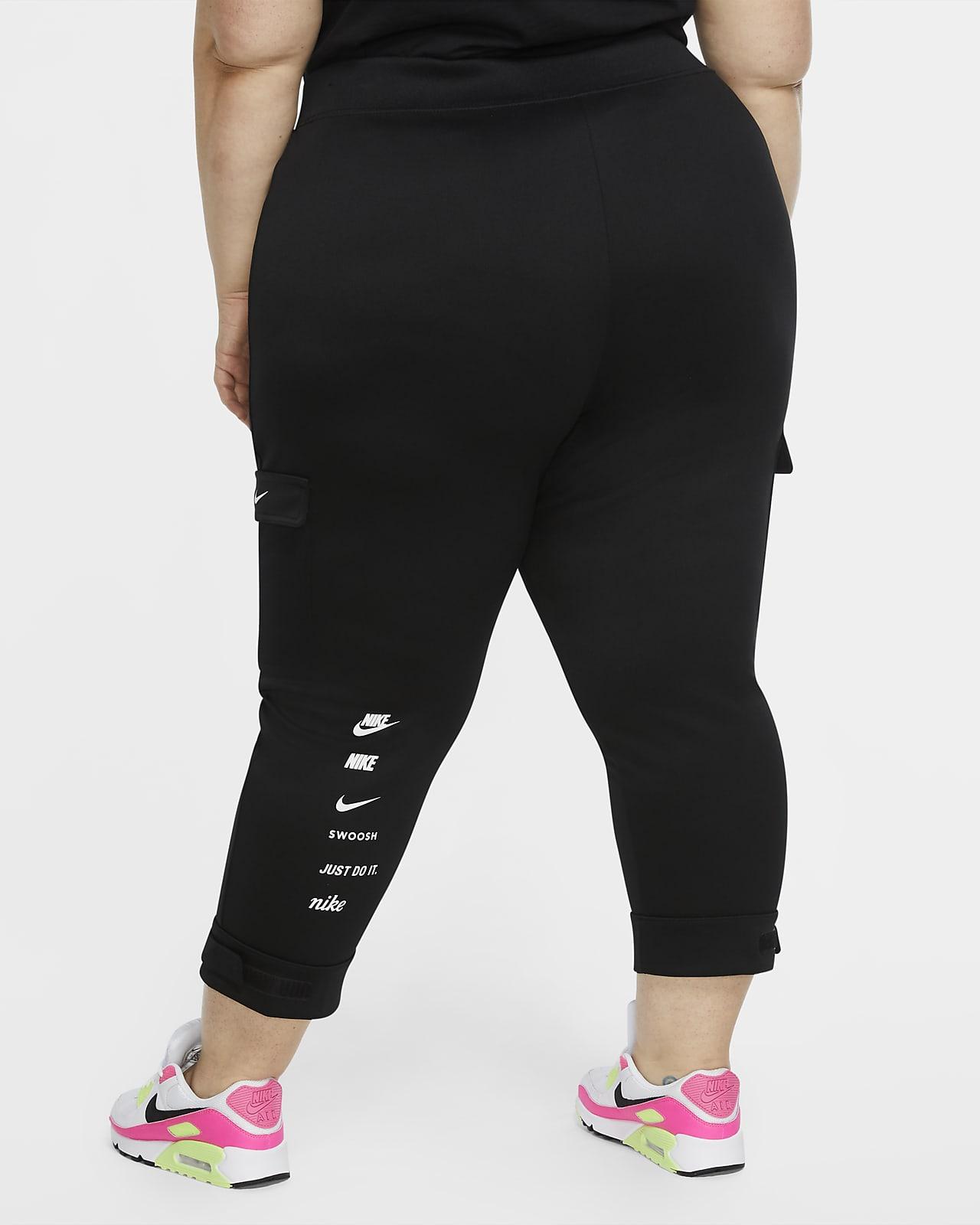 igual Doctor en Filosofía Sembrar  Nike Sportswear Swoosh Women's Polyknit Trousers (Plus Size). Nike GB