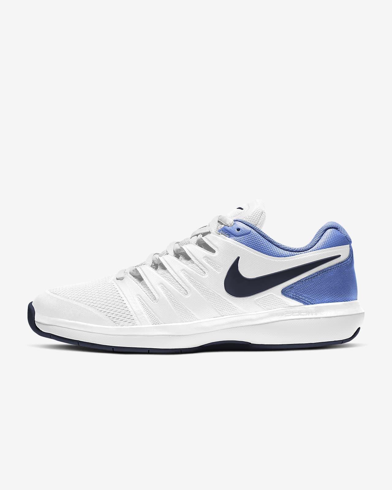 Carpet Tennis Shoe. Nike LU