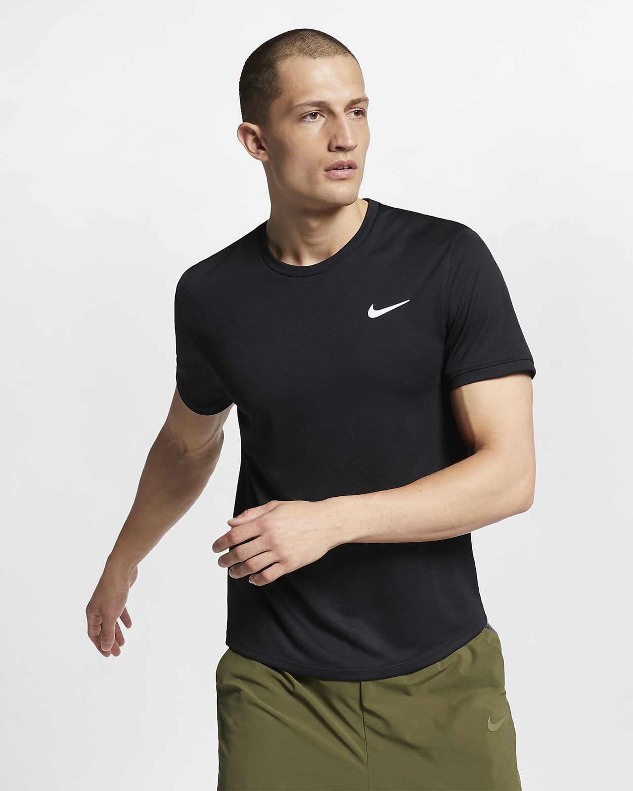NikeCourt Dri-FIT kortermet tennisoverdel til herre