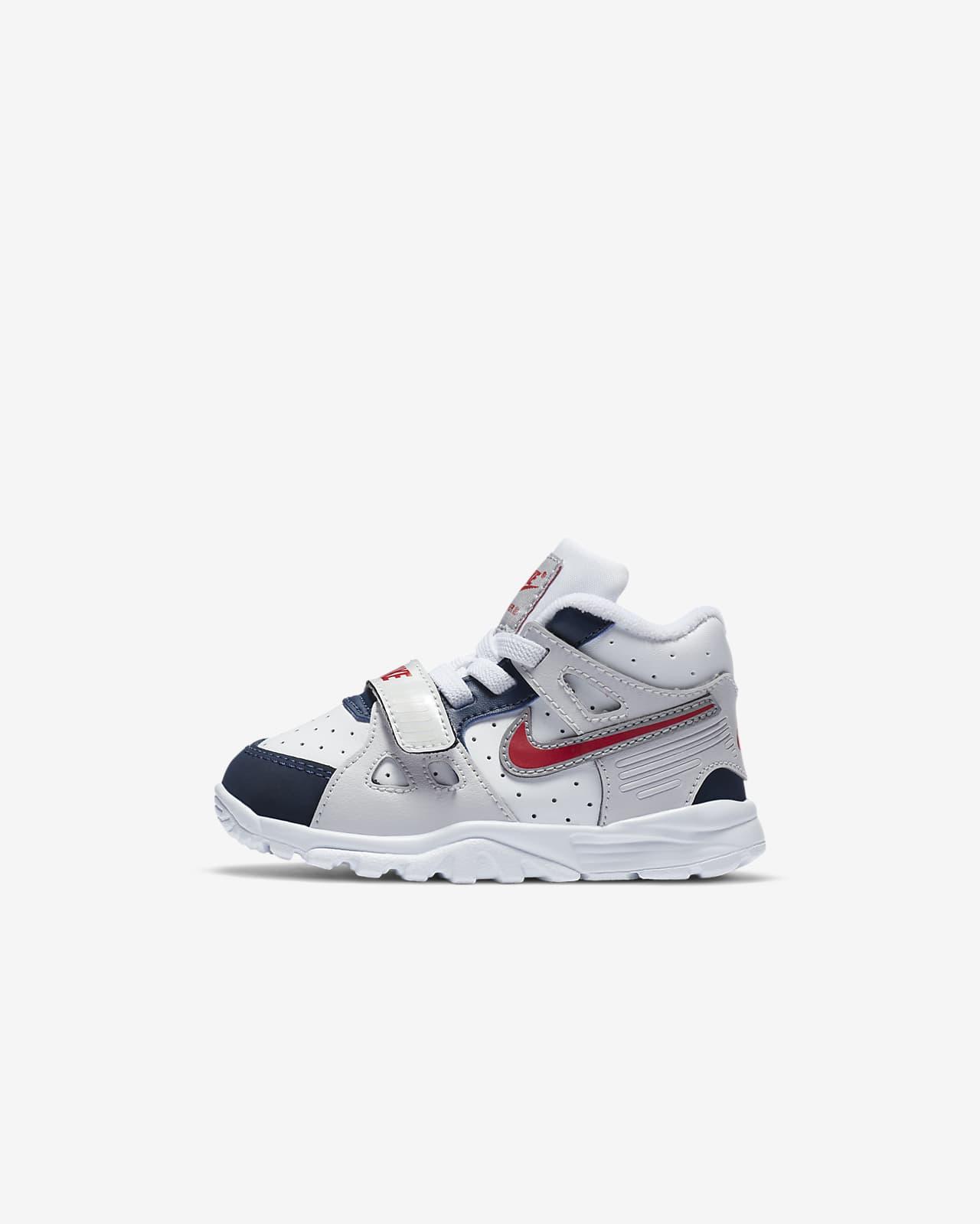 des chaussures pour garçon nike