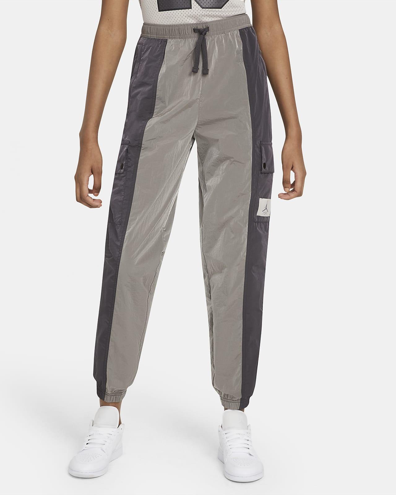 Jordan Essentials Women's Woven Pants