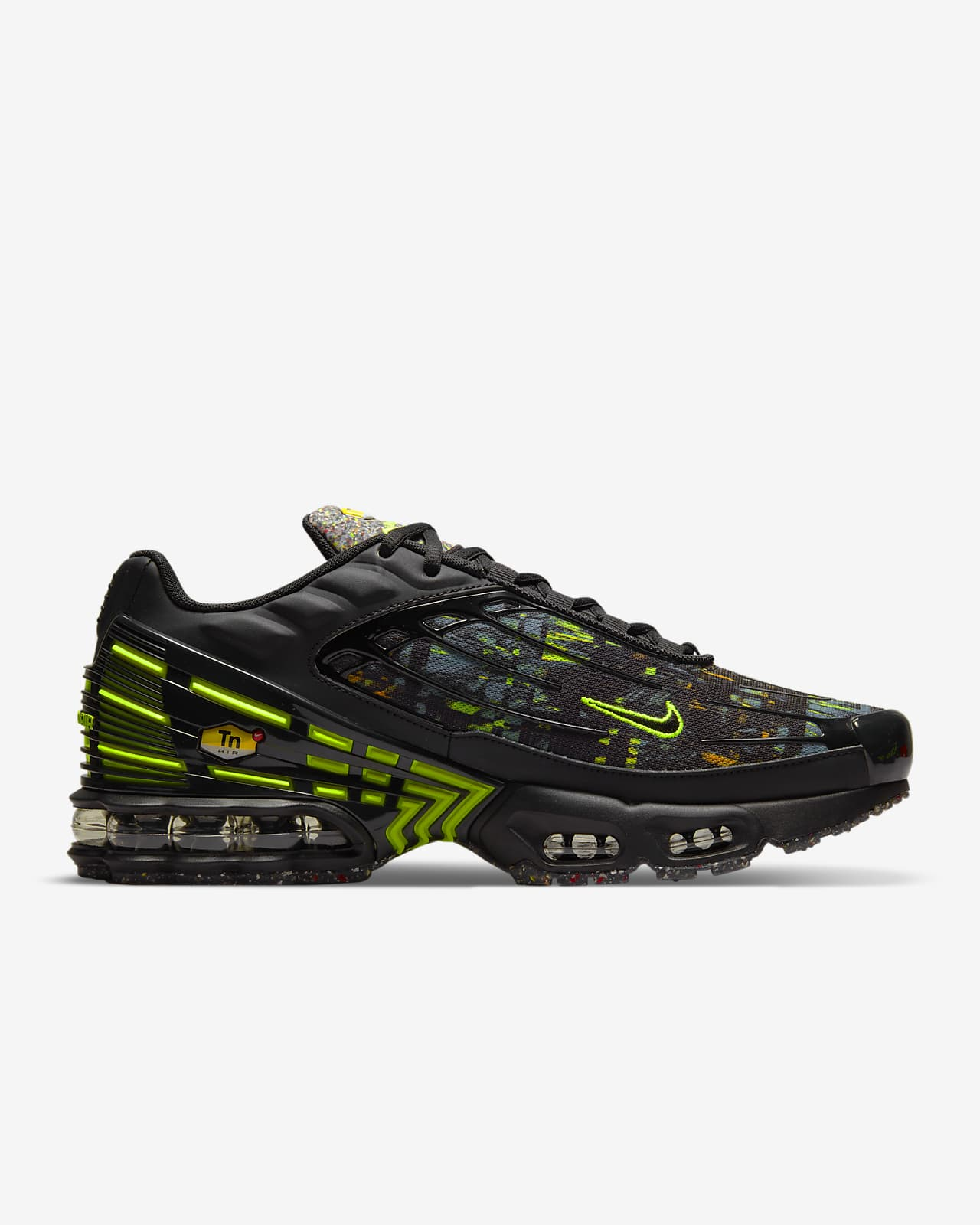 Chaussure Nike Air Max Plus 3 pour Homme. Nike LU