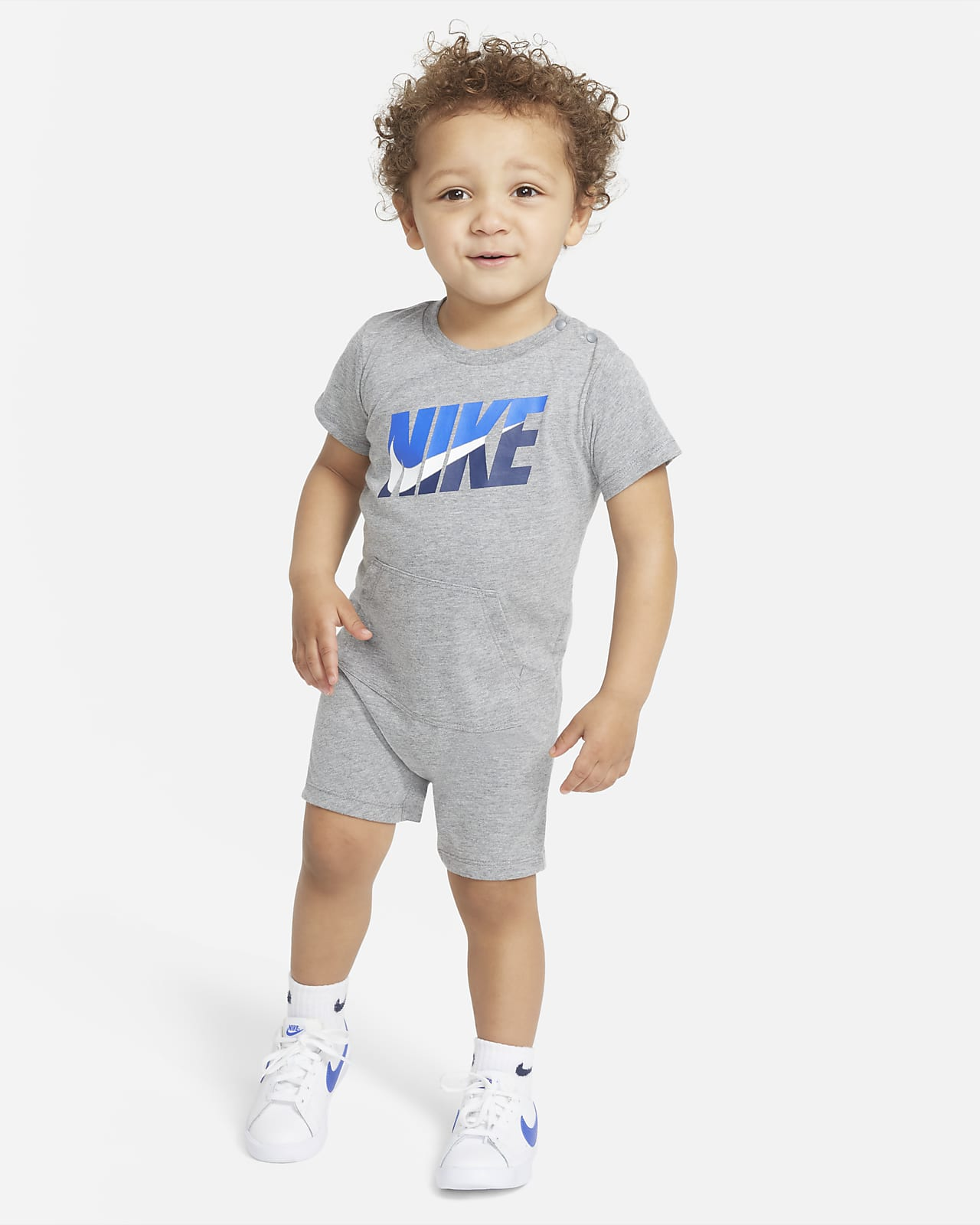 Enterito de bebé Nike (12 a 24 meses)