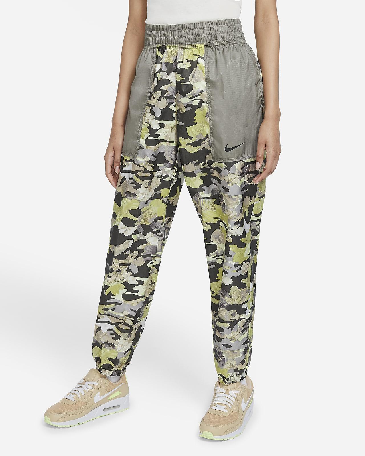 Nike Sportswear Women's Easy Woven Trousers