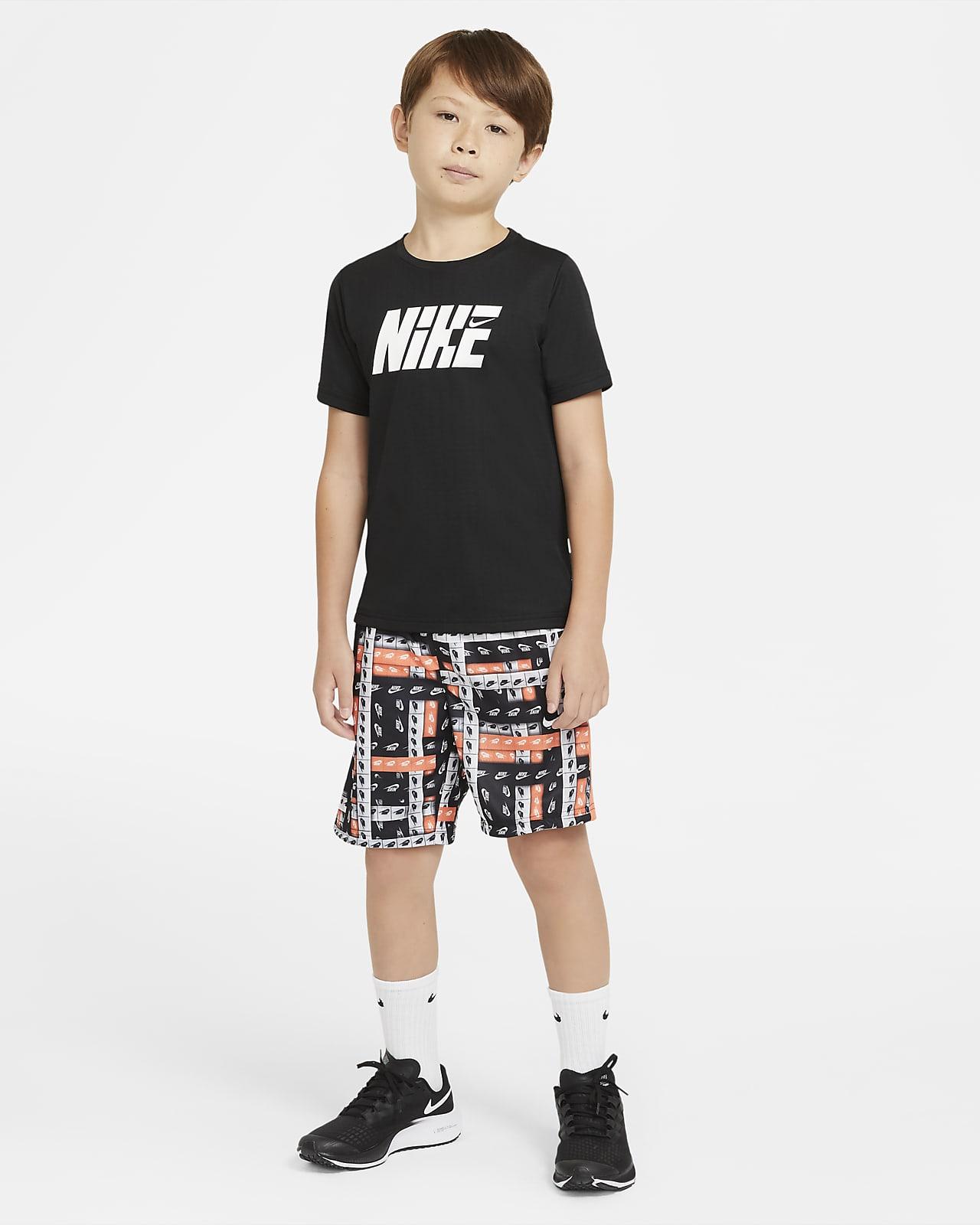 preámbulo política Pinchazo  Camiseta de entrenamiento de manga corta para niños talla grande Nike  Graphic. Nike.com