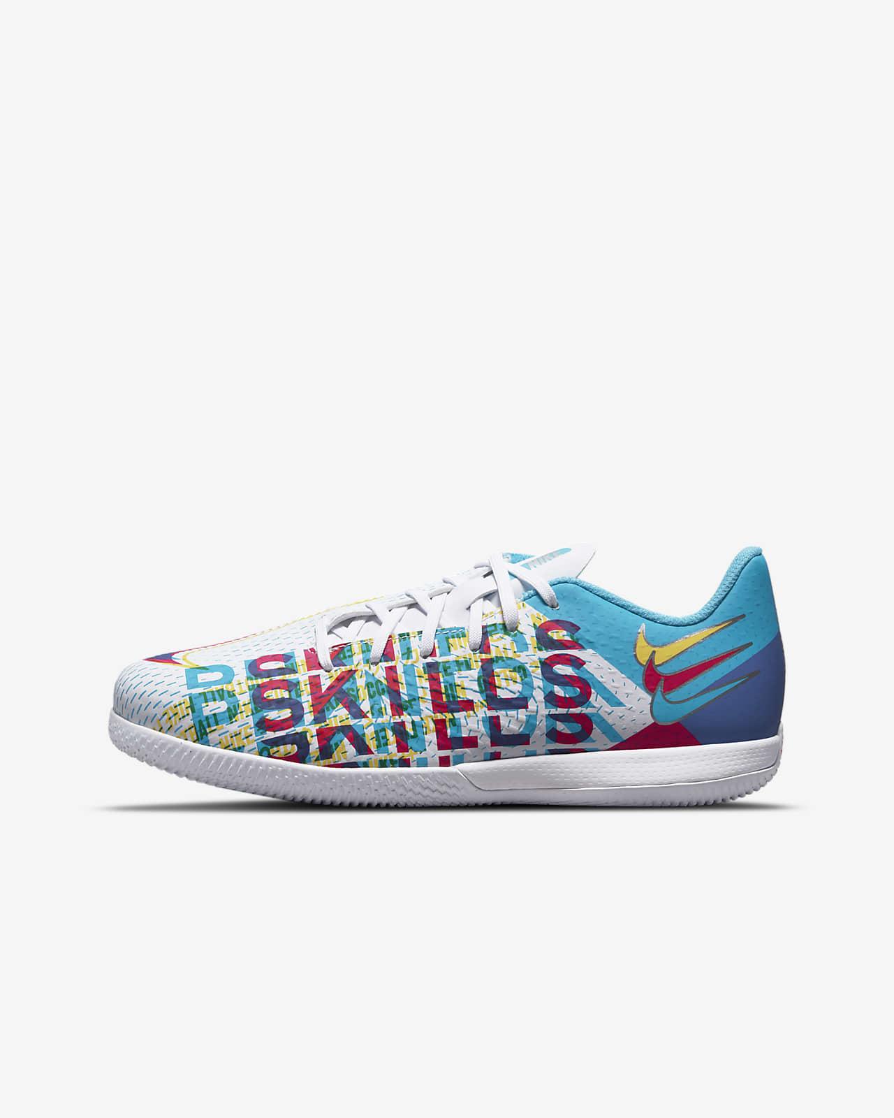 Nike Jr. Phantom GT Academy 3D IC Little/Big Kids' Indoor/Court Soccer Shoe