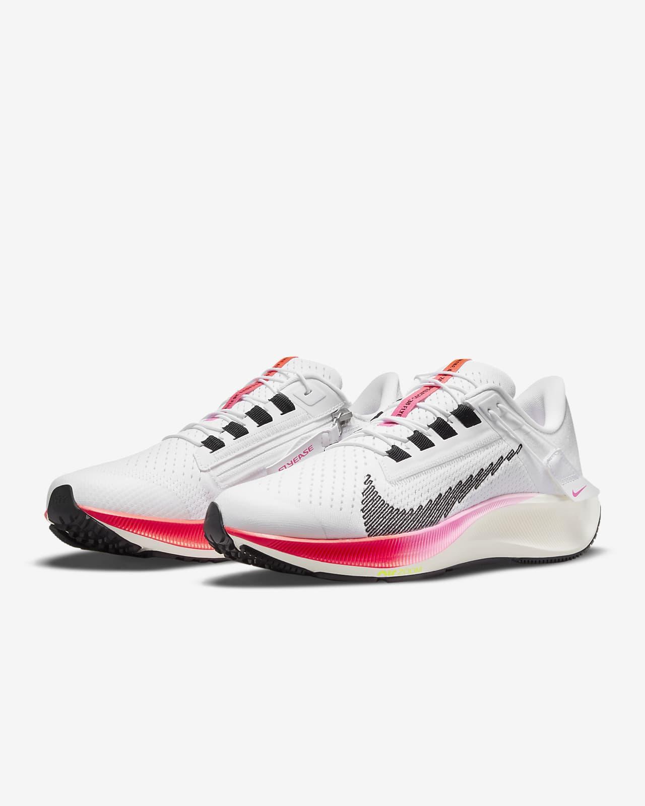 Chaussure de running sur route facile à enfiler Nike Air Zoom Pegasus 38 FlyEase pour Femme