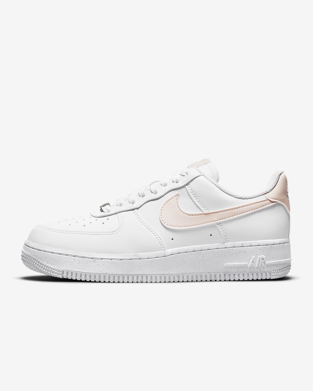 Nike Air Force 1 '07 SE Suede Damenschuh