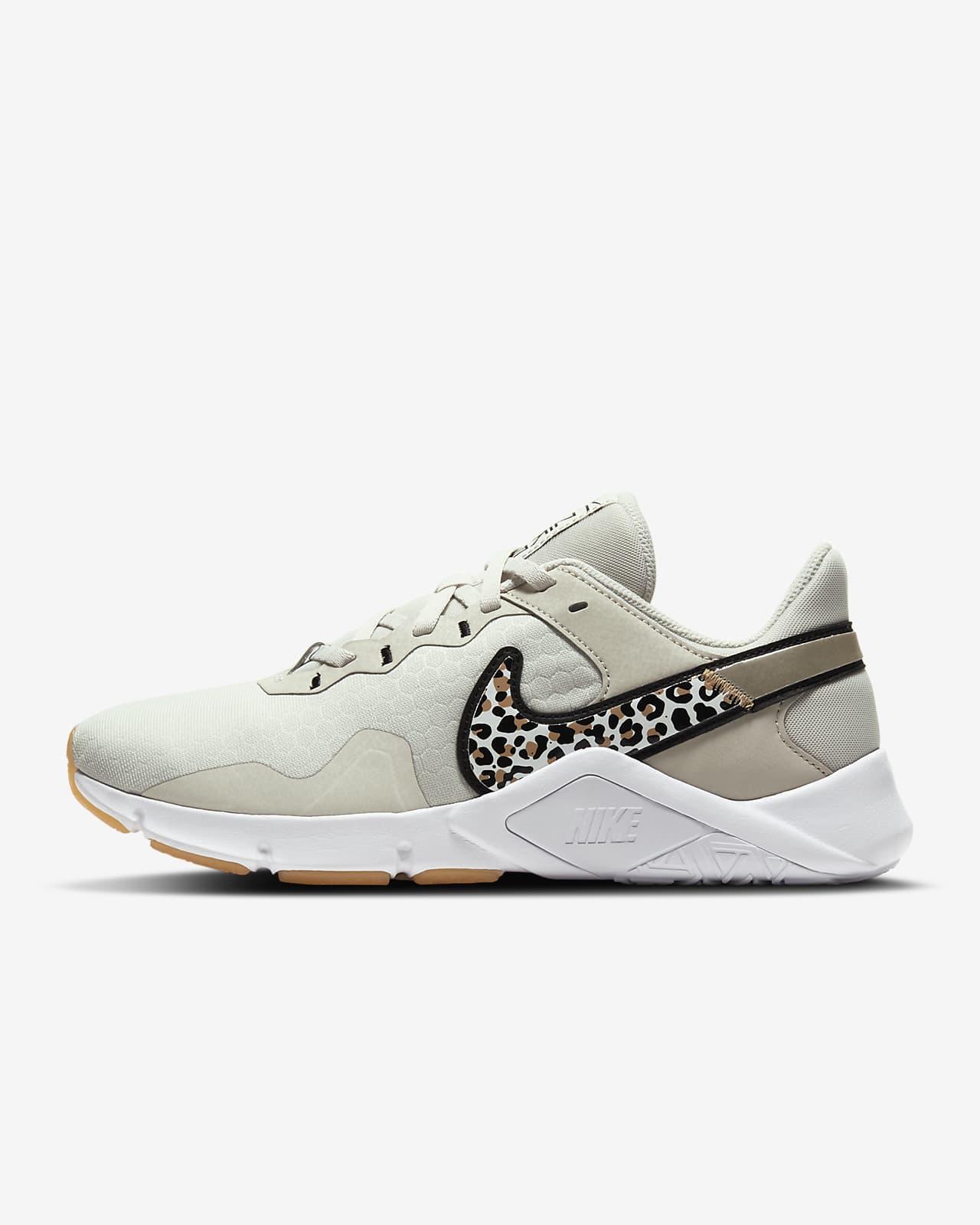 Nike Legend Essential 2 Premium Damen-Trainingsschuh