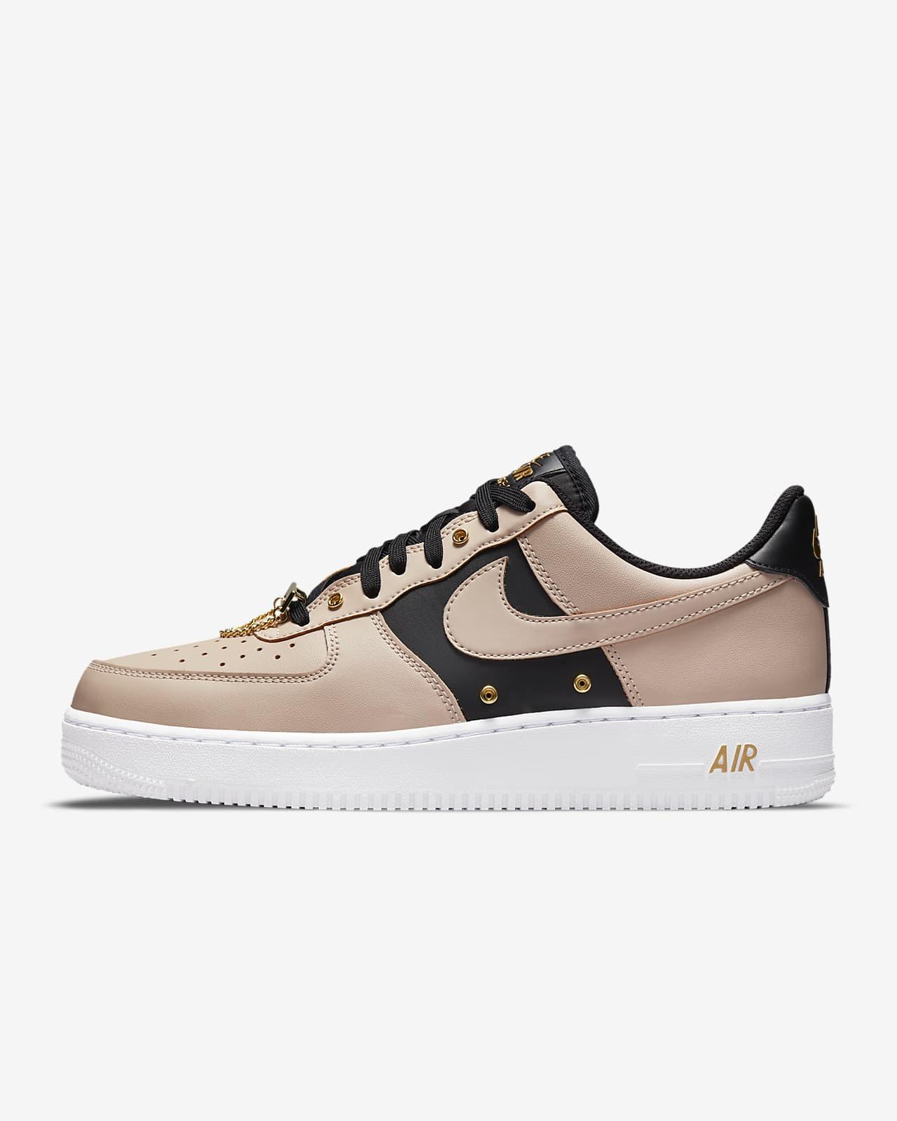 Nike Air Force 1 '07 PRM - Sneaker Steal
