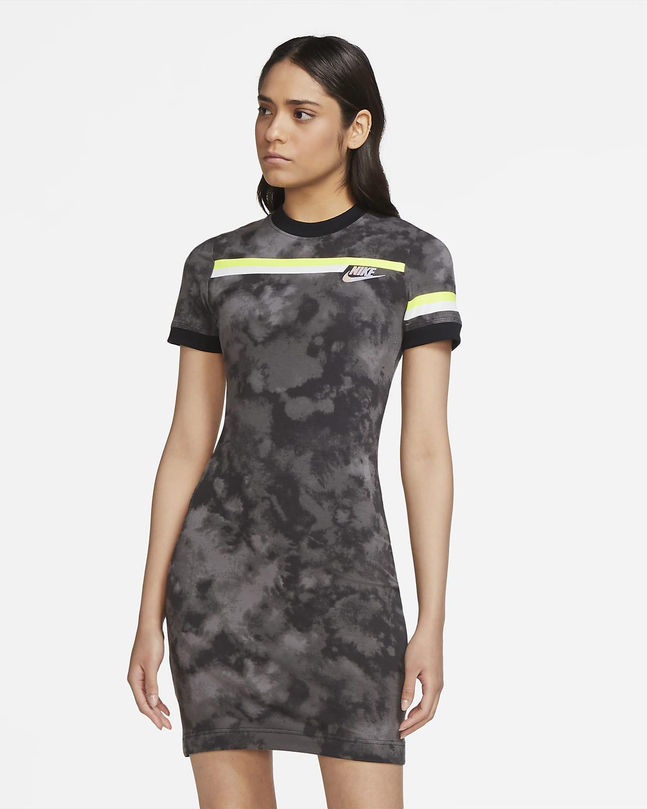 Nike Sportswear Essential Women's Short-Sleeve Knit Dress