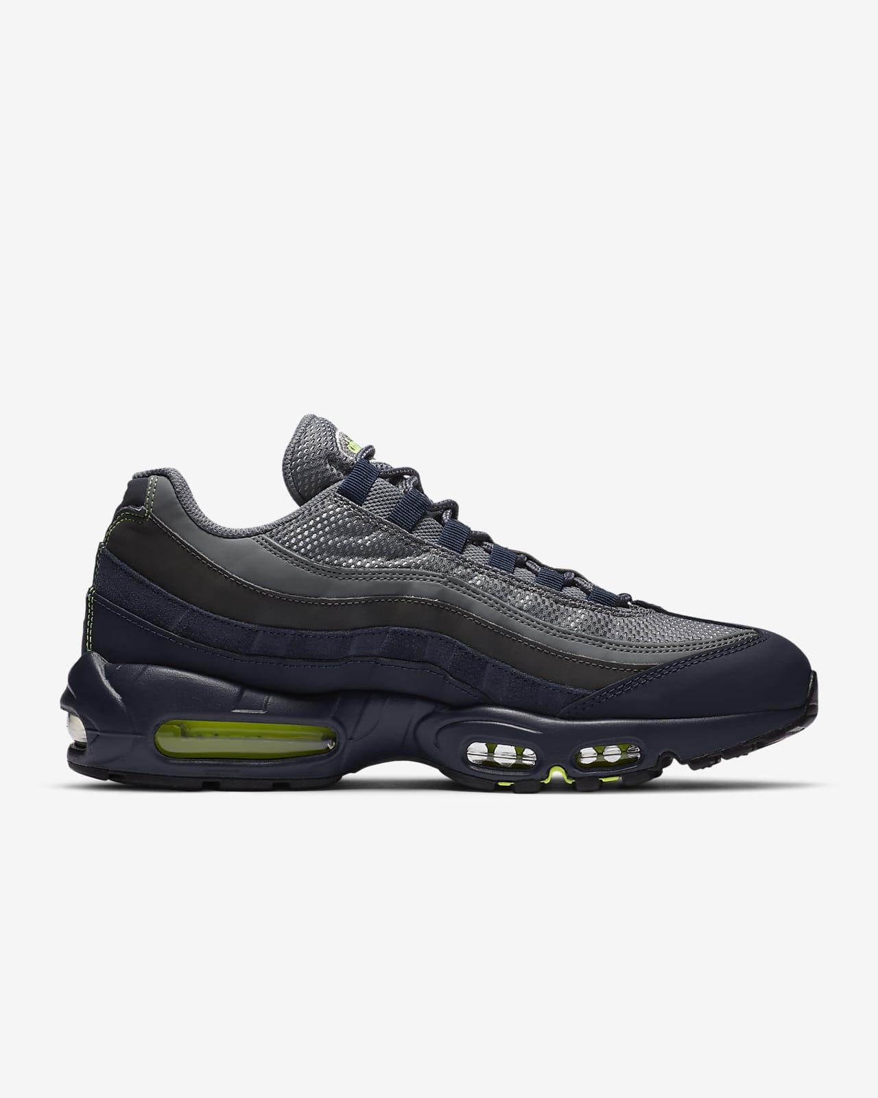Nike Air Max 95 Men's Shoe. Nike DK