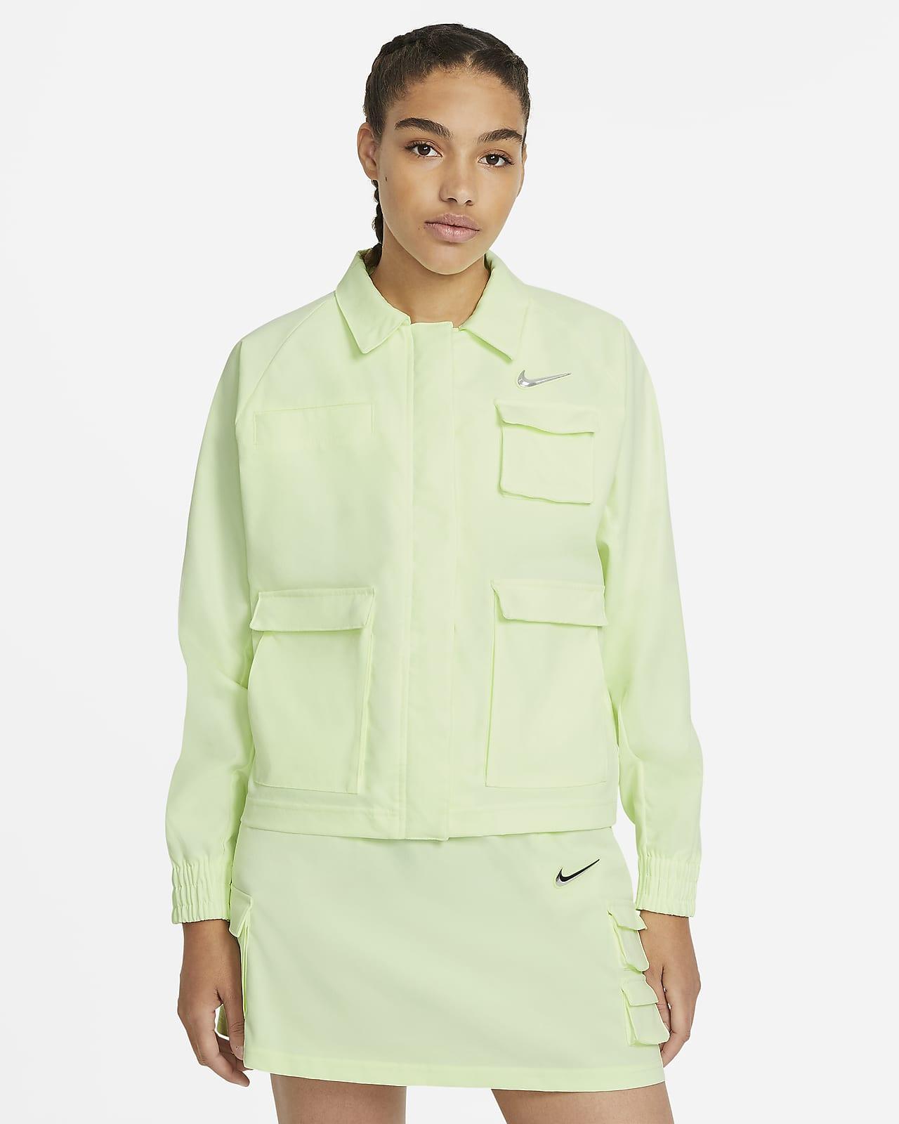 Nike Sportswear Swoosh vevd jakke til dame