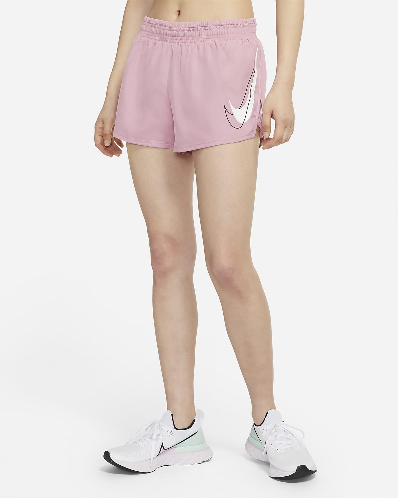 กางเกงวิ่งขาสั้นผู้หญิง Nike Dri-FIT Swoosh Run