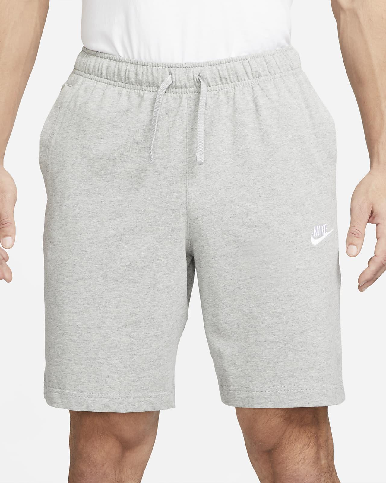 Cumbre Desplazamiento Destino  Nike Sportswear Club Pantalón corto - Hombre. Nike ES