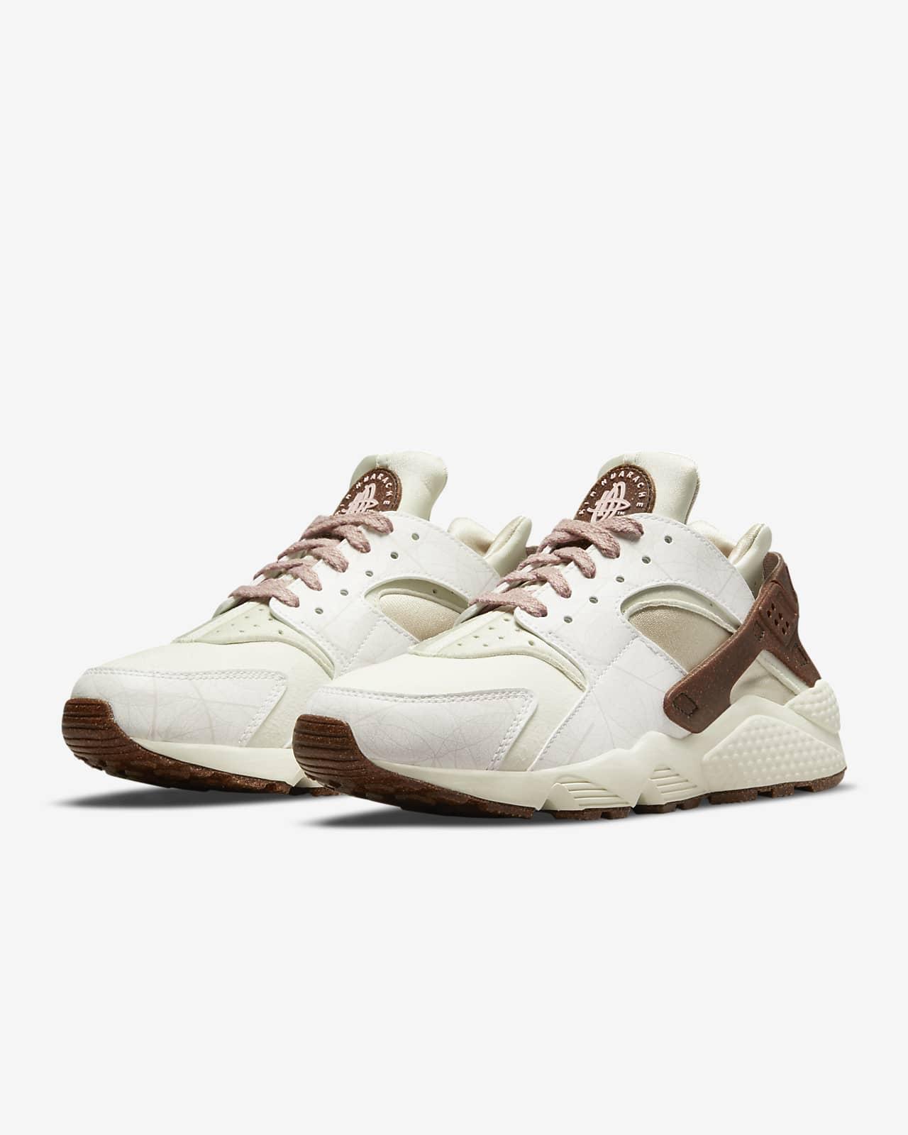 Nike Air Huarache Women's Shoe