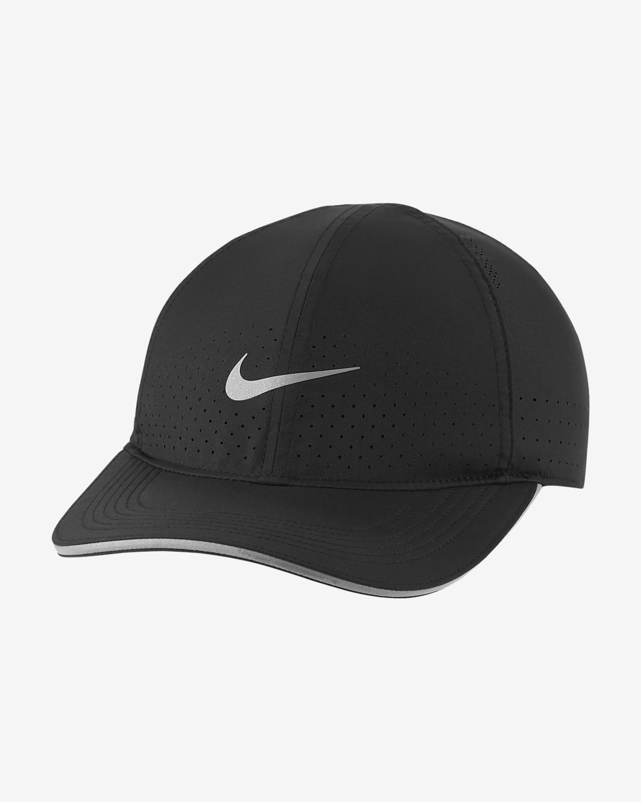 หมวกแก๊ปวิ่งแบบเจาะรูระบายอากาศ Nike Dri-FIT Aerobill Featherlight